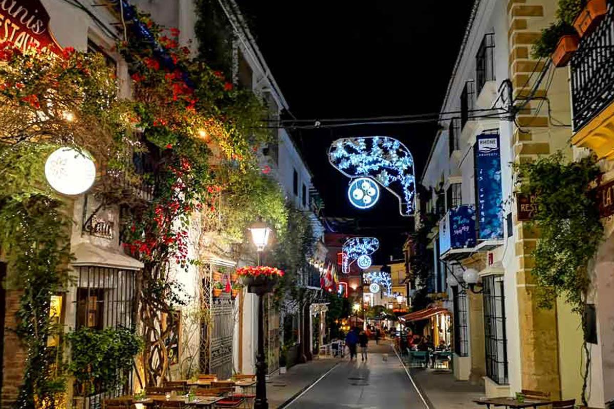 350 euros por decorar tu escaparate comercial navideño