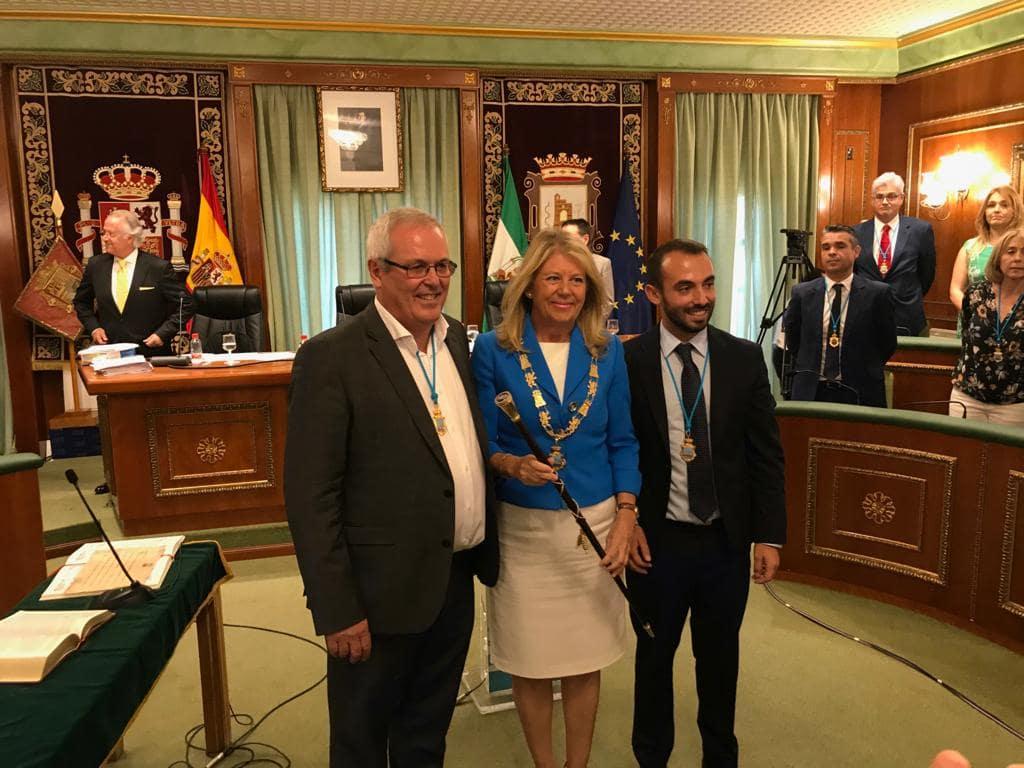Ángeles Muñoz, reelegida alcaldesa de Marbella en el pleno de constitución de la nueva Corporación