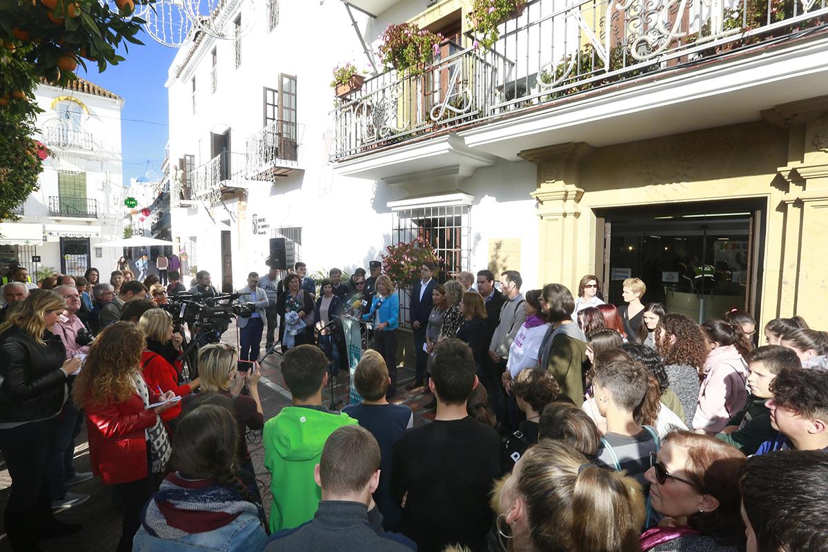 Ayuntamiento Marbella día contra la violencia de género