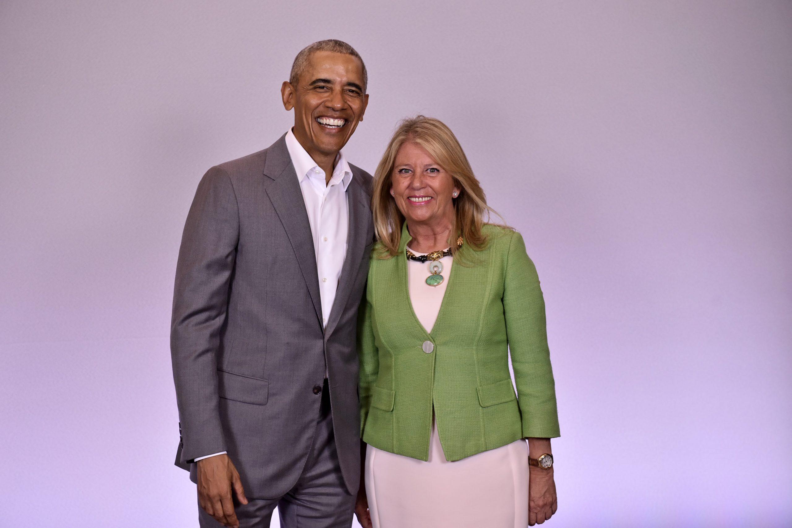 Barak Obama, invitado por el Ayuntamiento de Marbella a disfrutar de su oferta turística