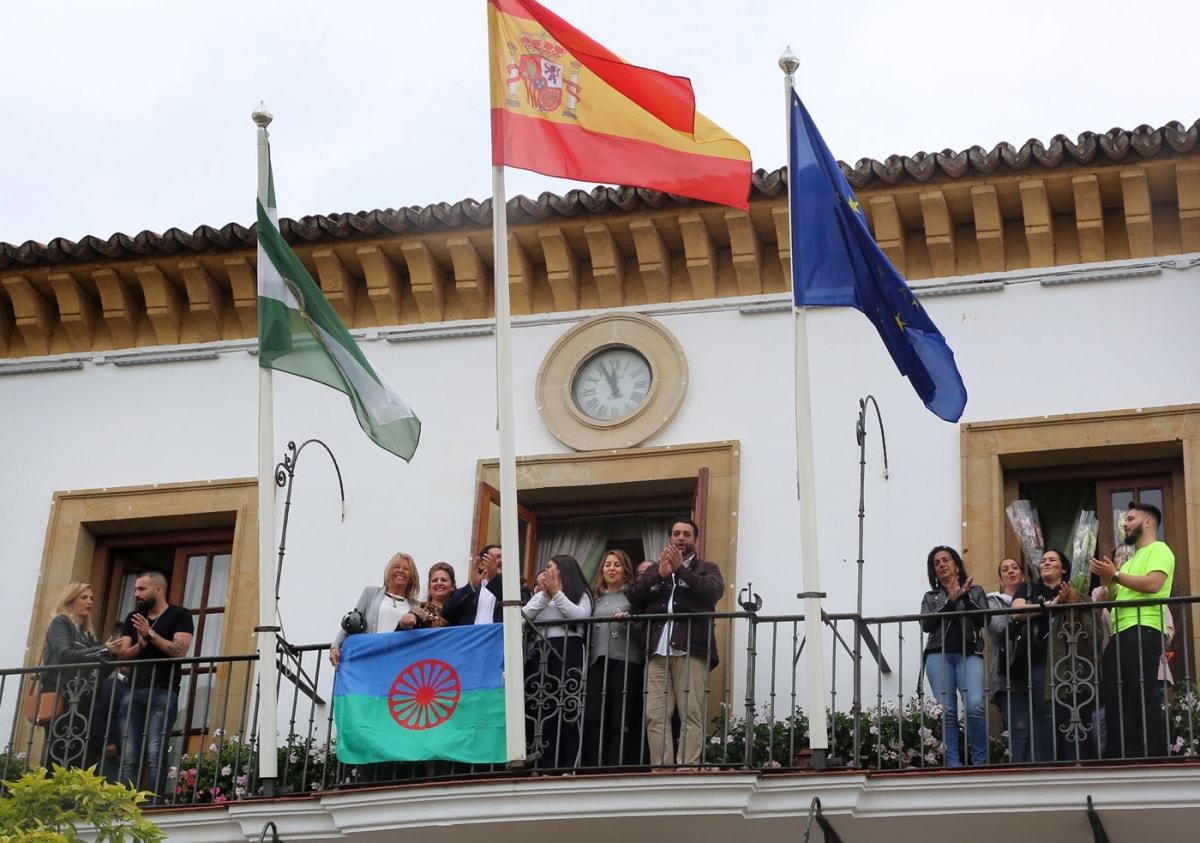 Marbella se suma a la conmemoración del Día Internacional del Pueblo Gitano