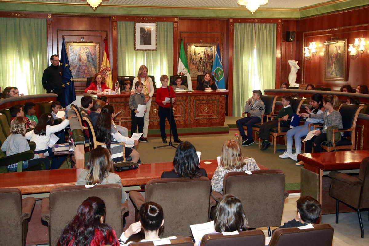El Consejo Municipal de la Infancia y Adolescencia se renueva con la participación de más de 30 centros educativos