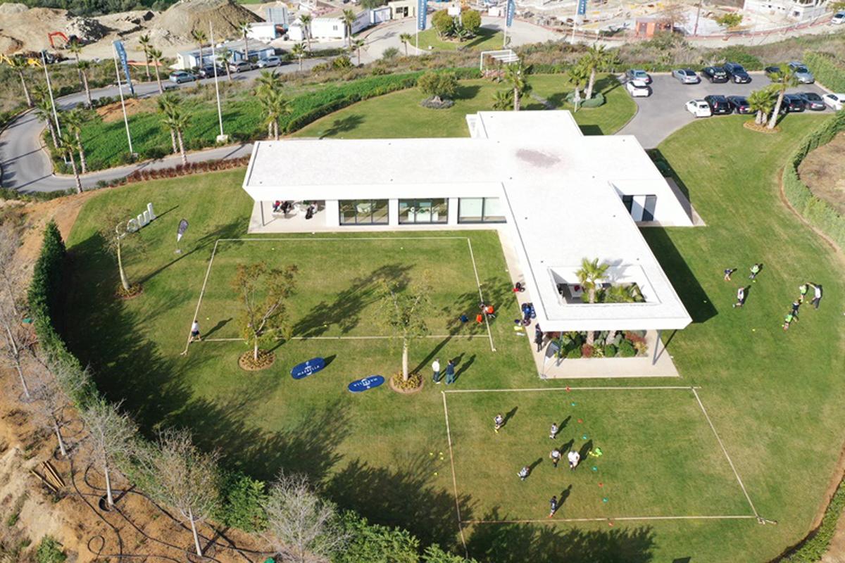 Soul Marbella de AEDAS Homes se convierte campo de entrenamiento de rugby