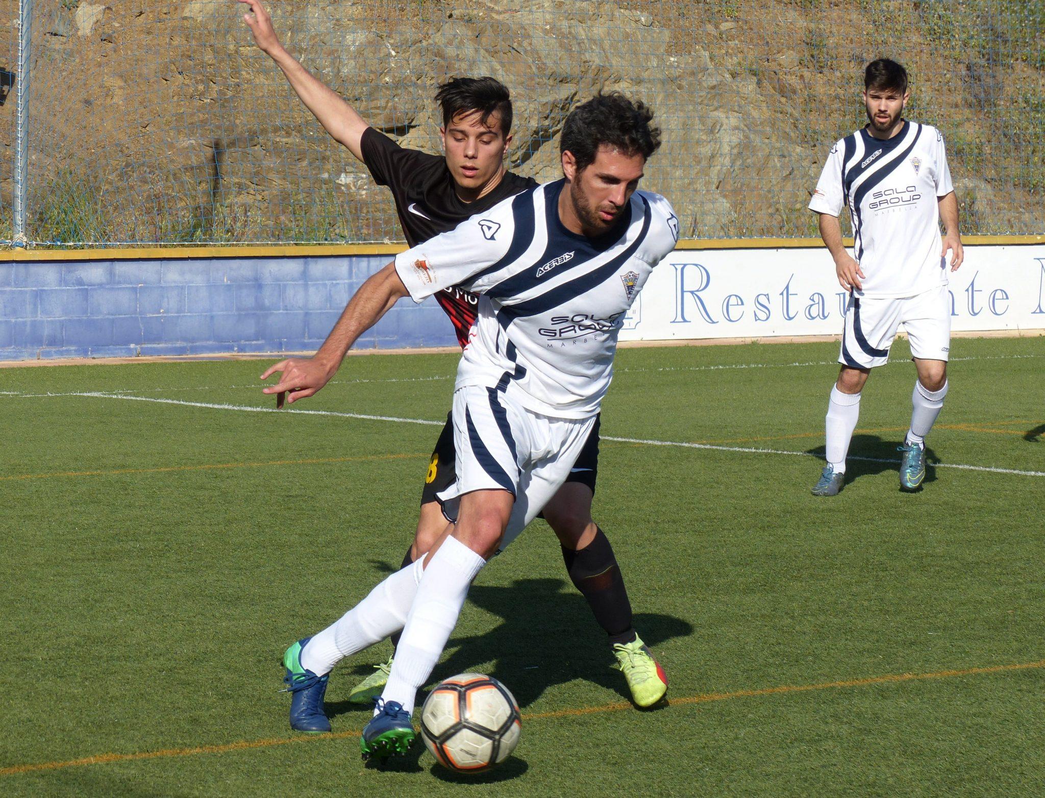 El Atlético Marbella empata frente al C.D. Churriana (1-1)