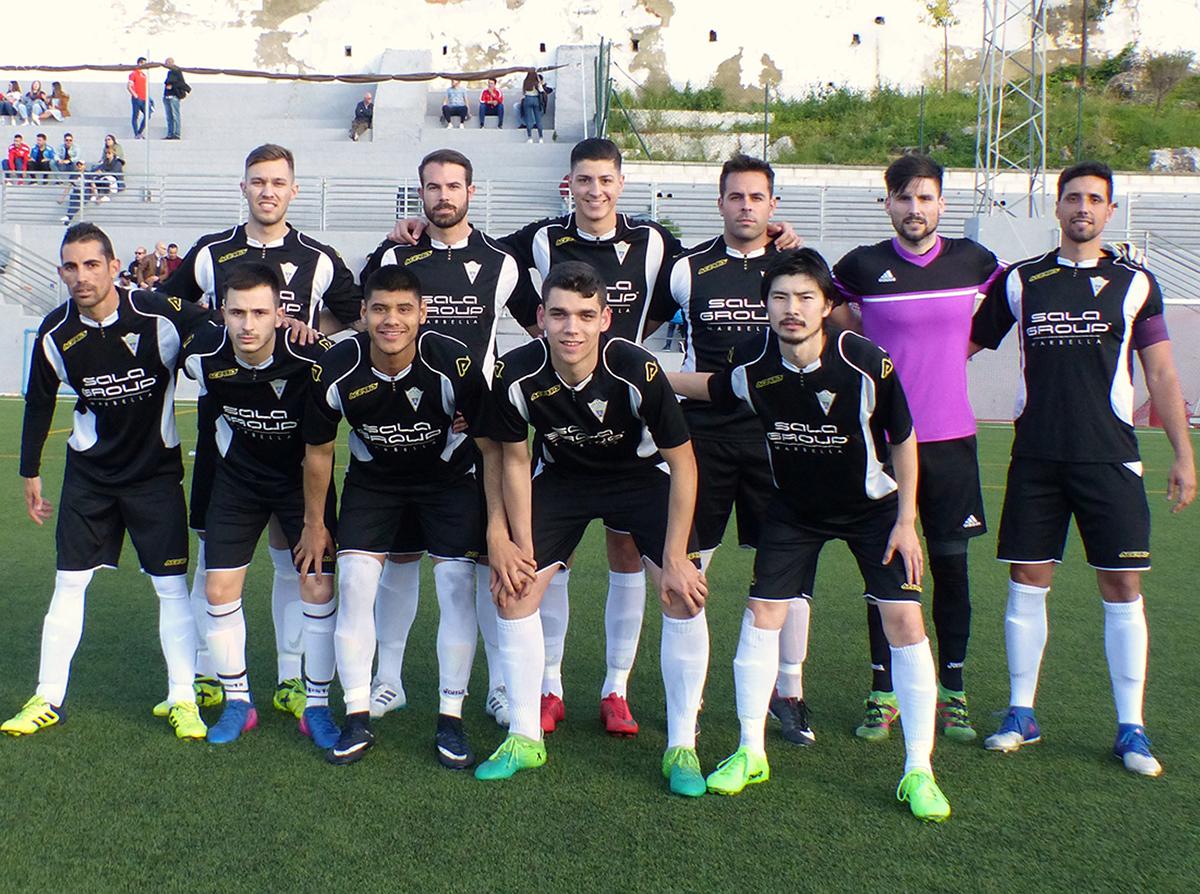 El Atlético Marbella suma un punto en el descuento frente al C.D. Cártama (1-1)