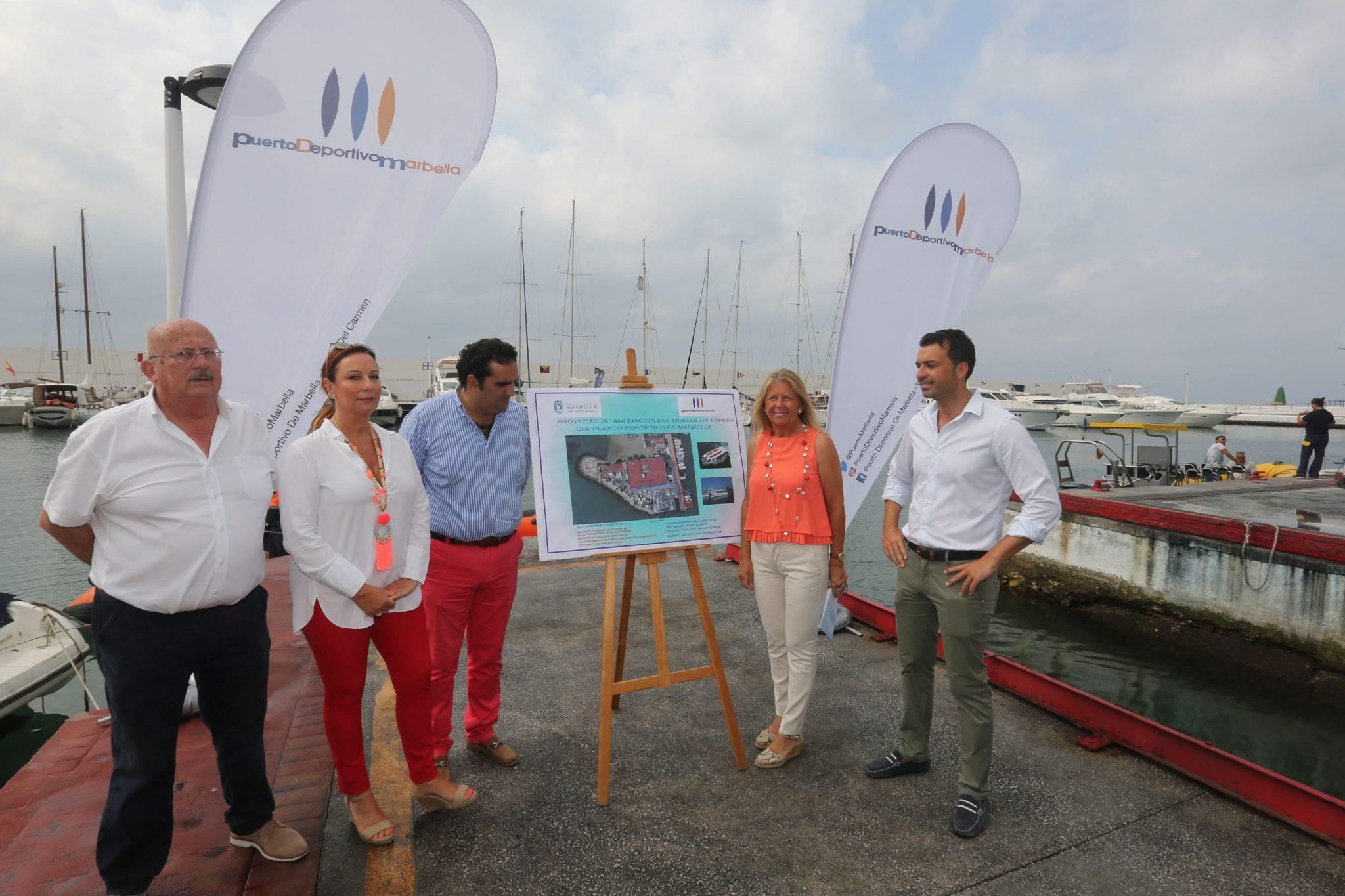El Ayuntamiento acometerá la ampliación del muelle de espera del Puerto Deportivo 'Virgen del Carmen'