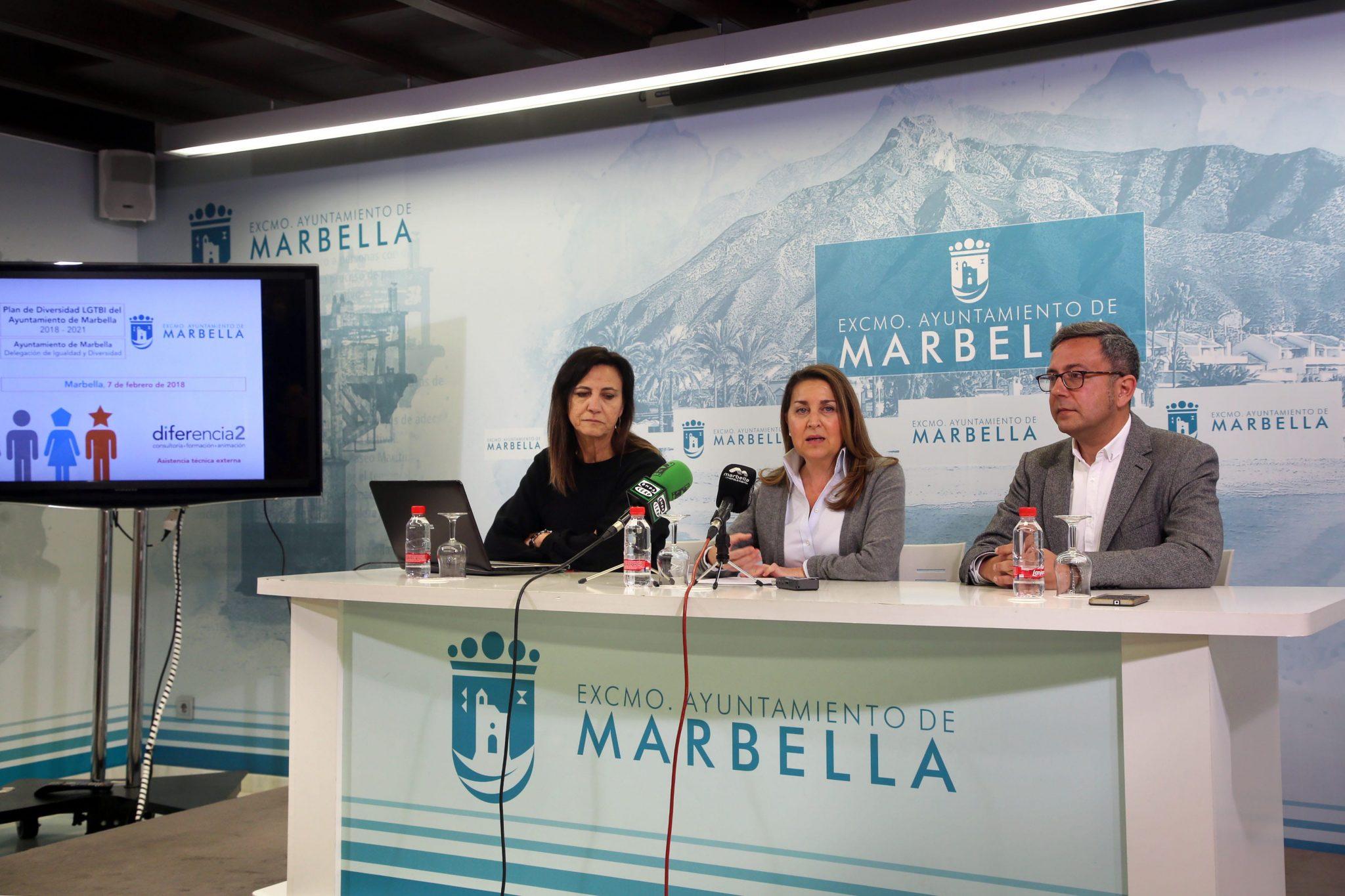 El Ayuntamiento avanza en la dotación a la plantilla municipal del primer plan elaborado en España sobre Diversidad LGTBI