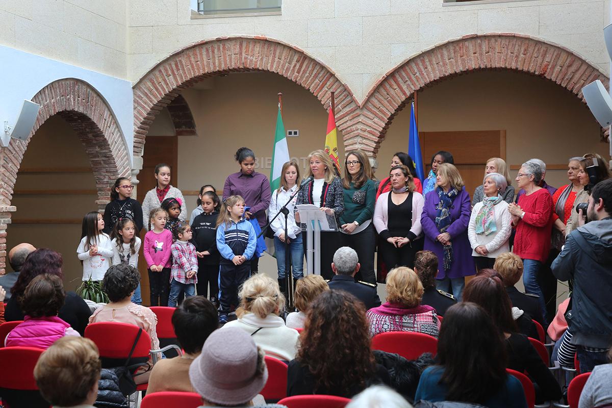 El Ayuntamiento celebra el Día Internacional de las Mujeres con la lectura de un manifiesto