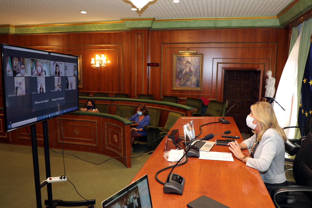 El Ayuntamiento monitorizará las pruebas al personal y usuarios de las residencias de mayores