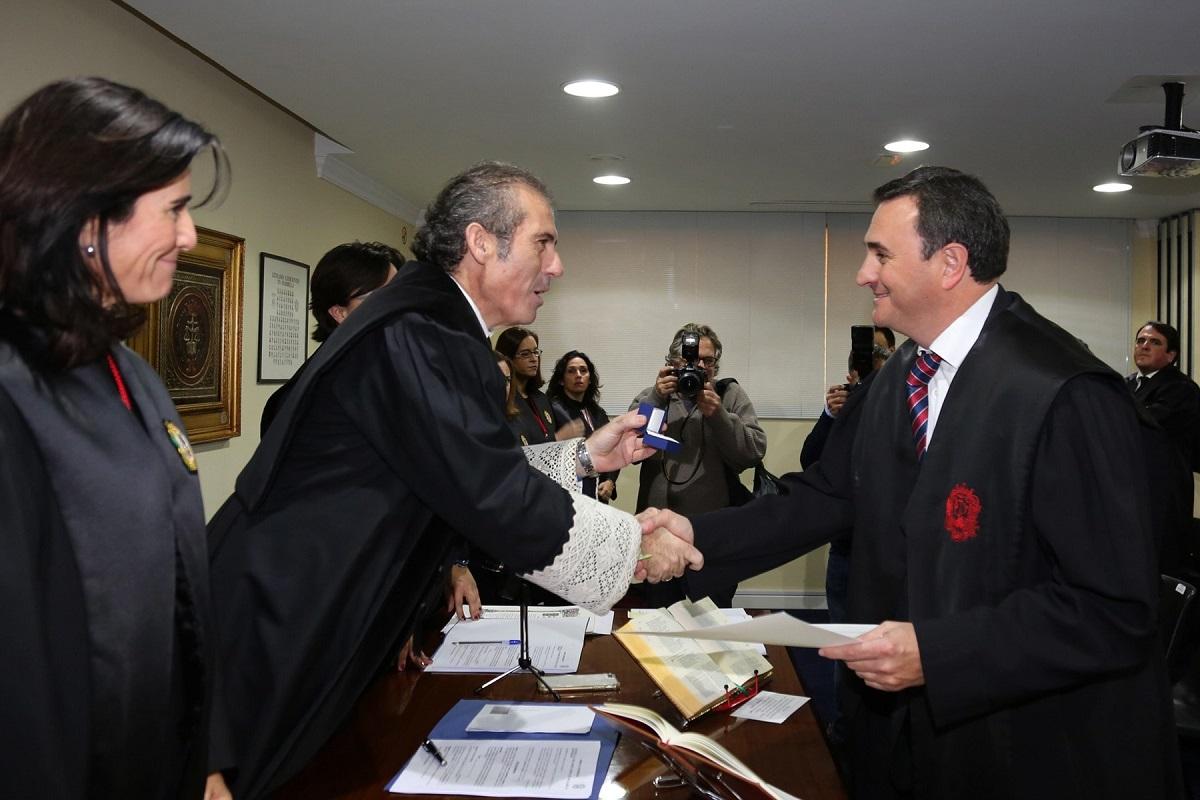 Un total de once nuevos letrados se han incorporado al Colegio de Abogados de Málaga en un acto de jura que ha tenido lugar en la Delegación de Marbella