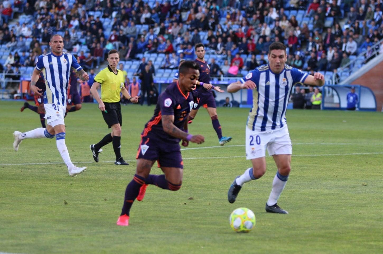 El empate Huelva vs Marbella F.C. permite a los blanquillos seguir sumando puntos