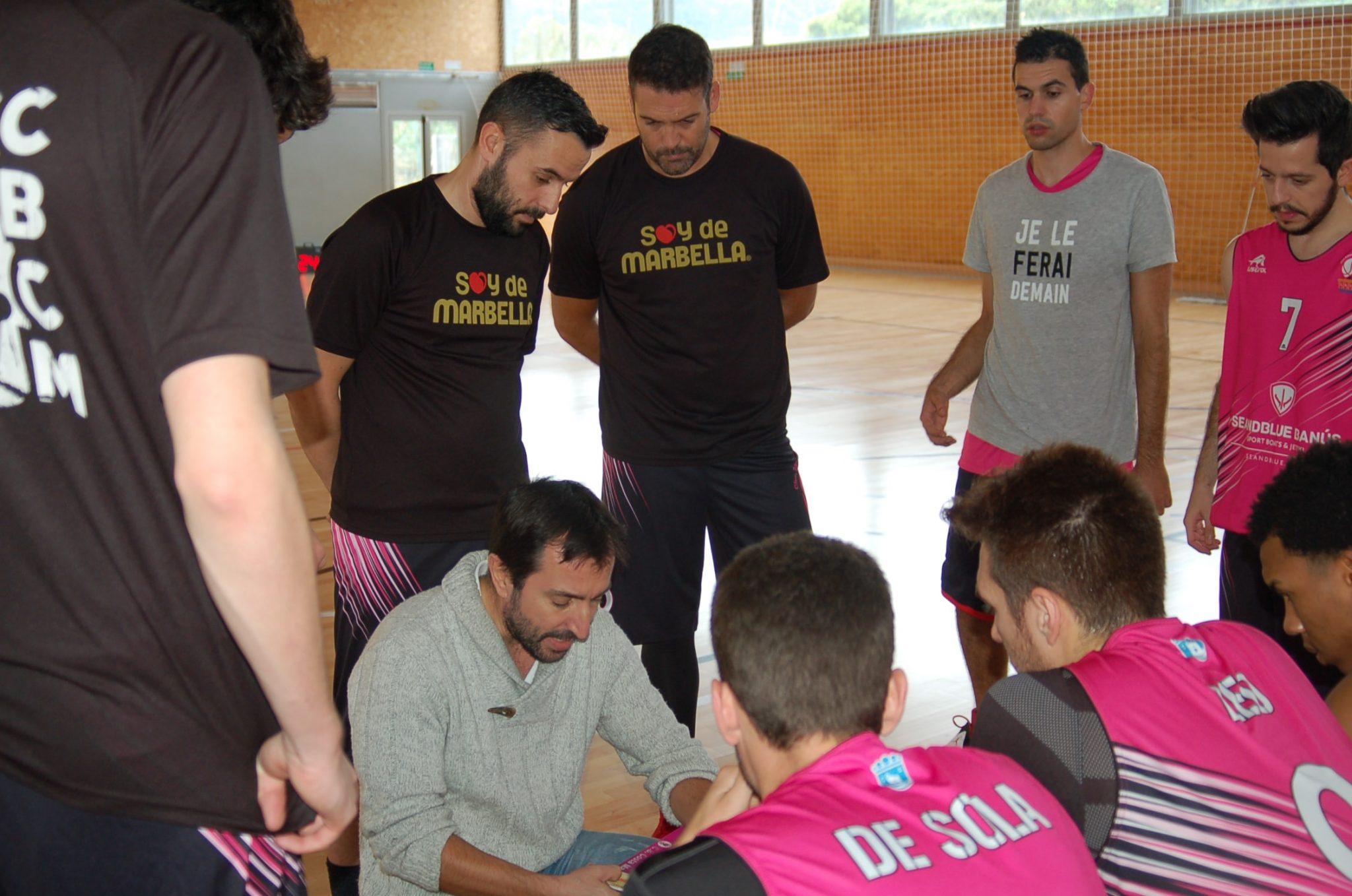 El equipo senior del CB Costa Marbella cae ante el líder invicto de la competición