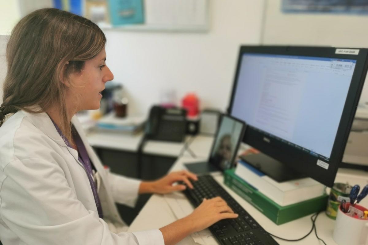 El Hospital Costa del Sol implanta un programa de Telefarmacia para el paciente