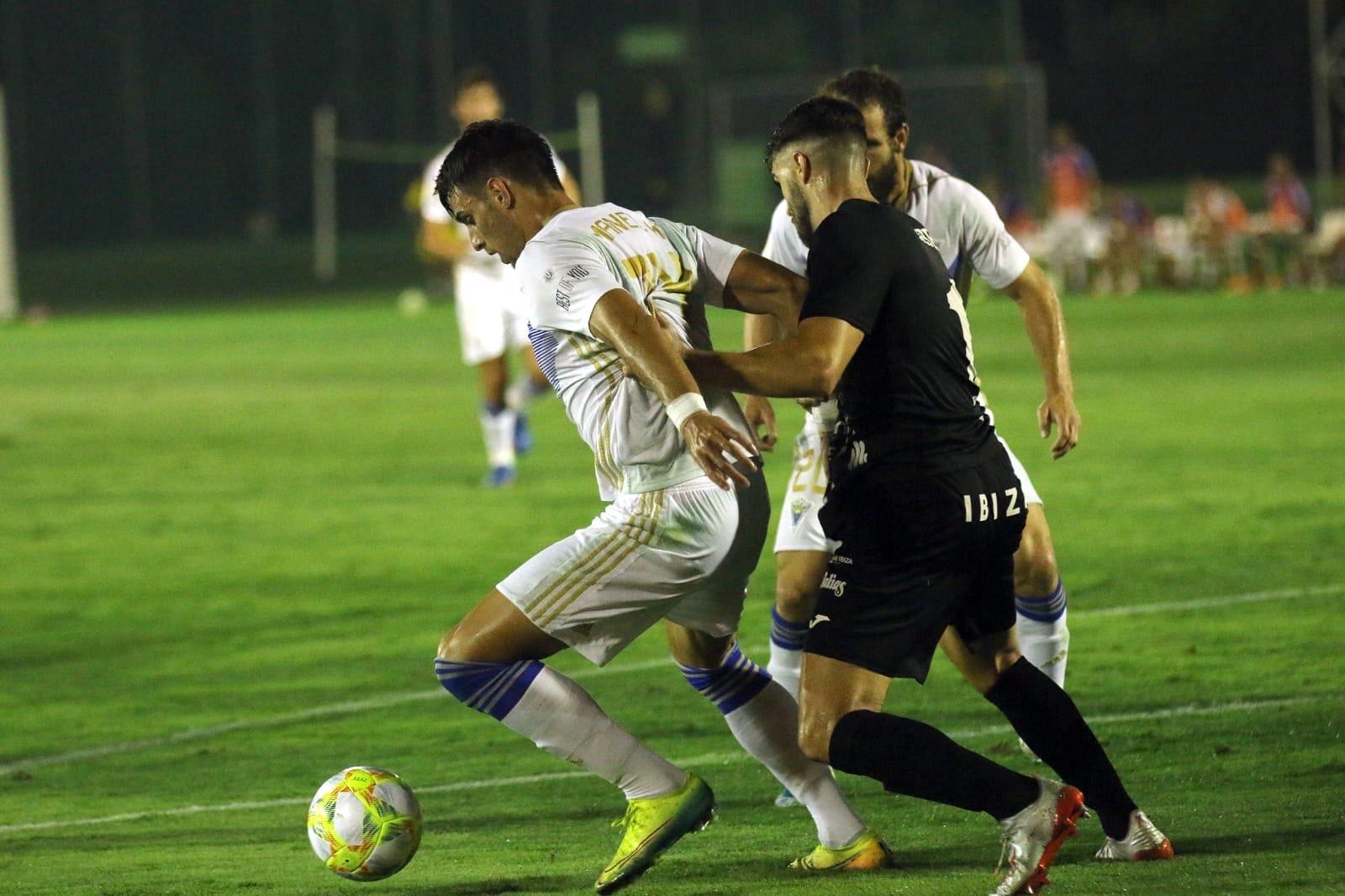 El Marbella F.C. cae ante la Peña Deportiva