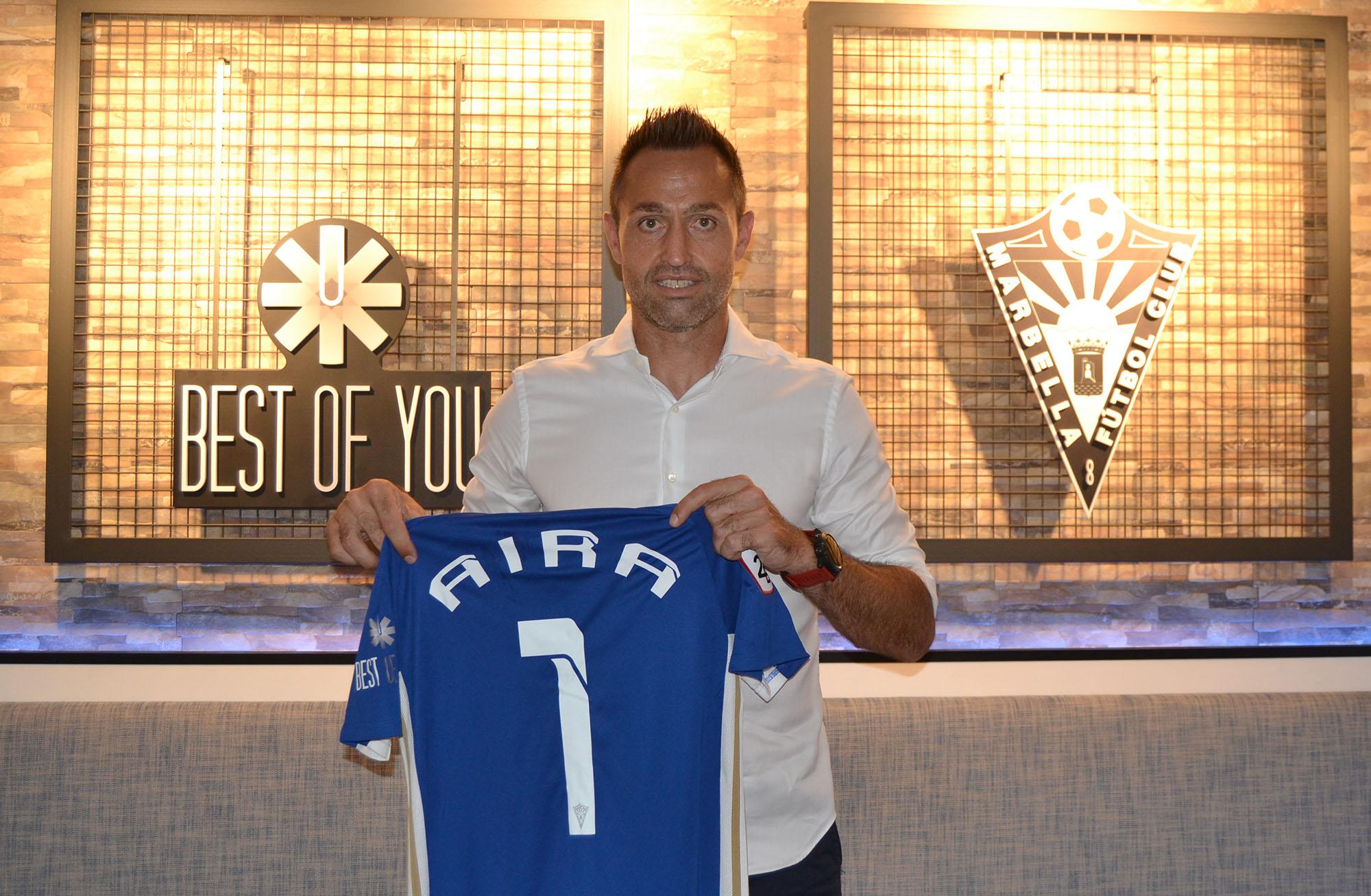 El Marbella FC ha presentado este martes al nuevo entrenador, José Manuel Aira