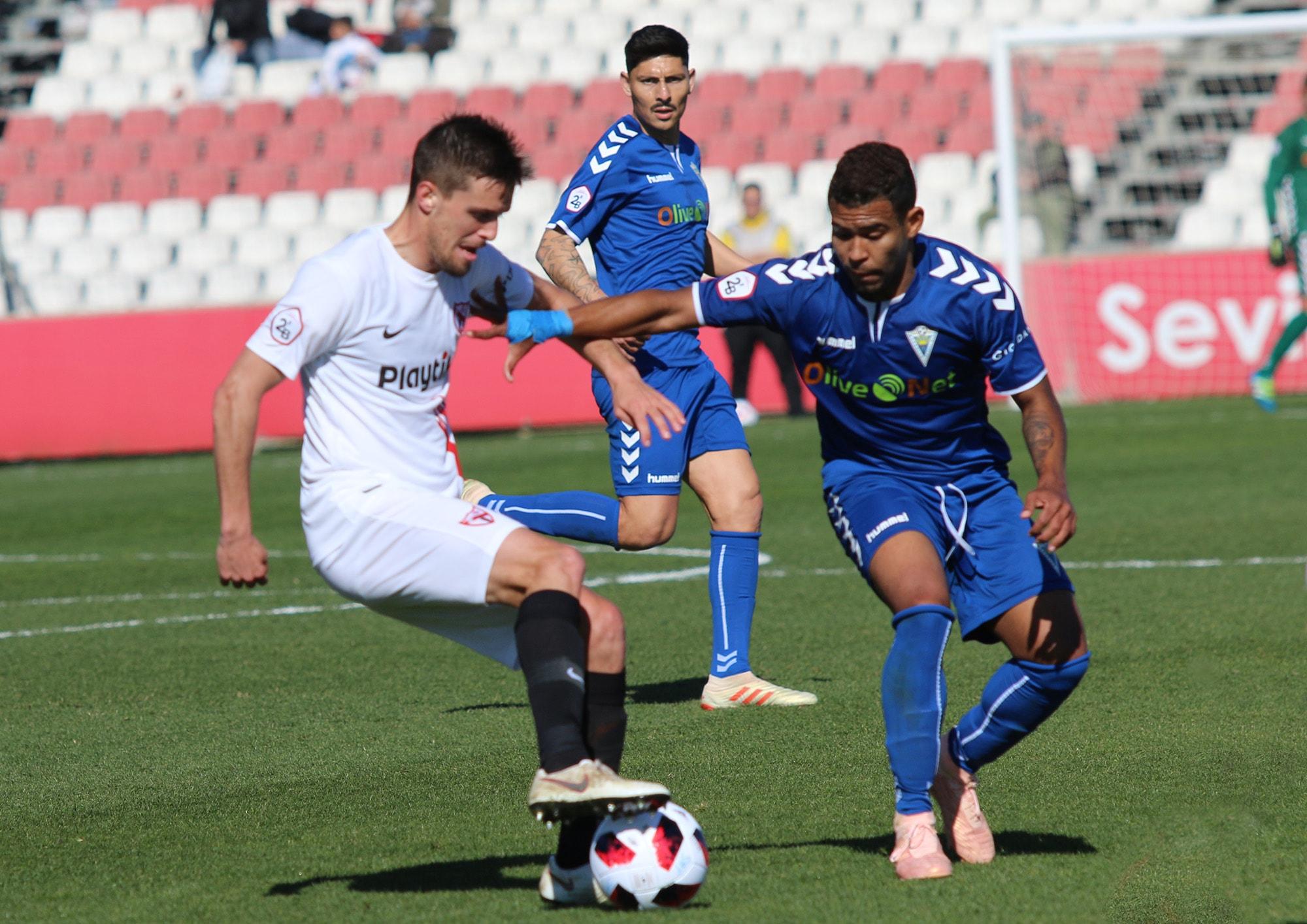 El Marbella F.C. suma un punto en el campo del Sevilla Atlético (1-1)