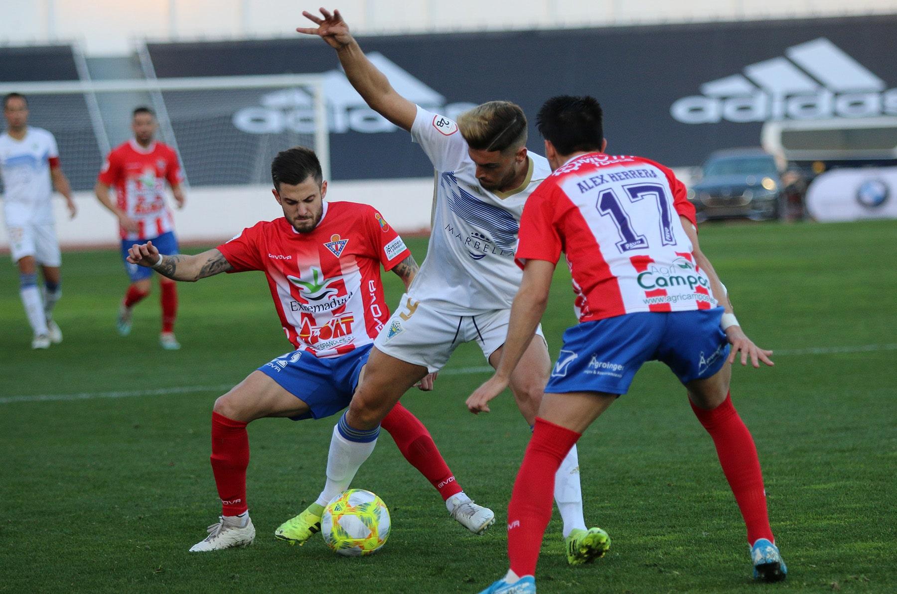 El Marbella FC vs Don Benito hace recuperar a los blanquillos el liderato