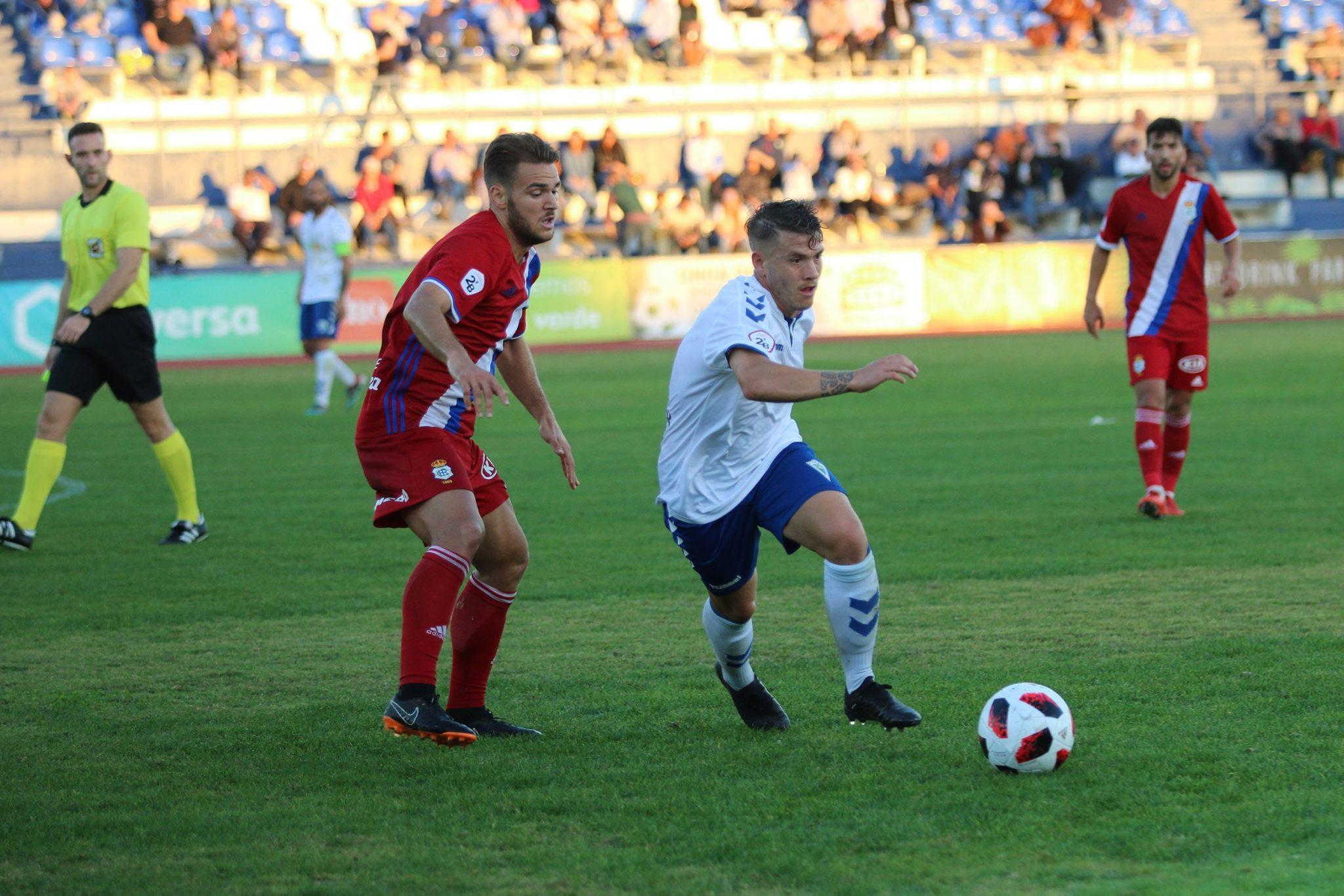 El Marbella FC vuelve a saborear el triunfo