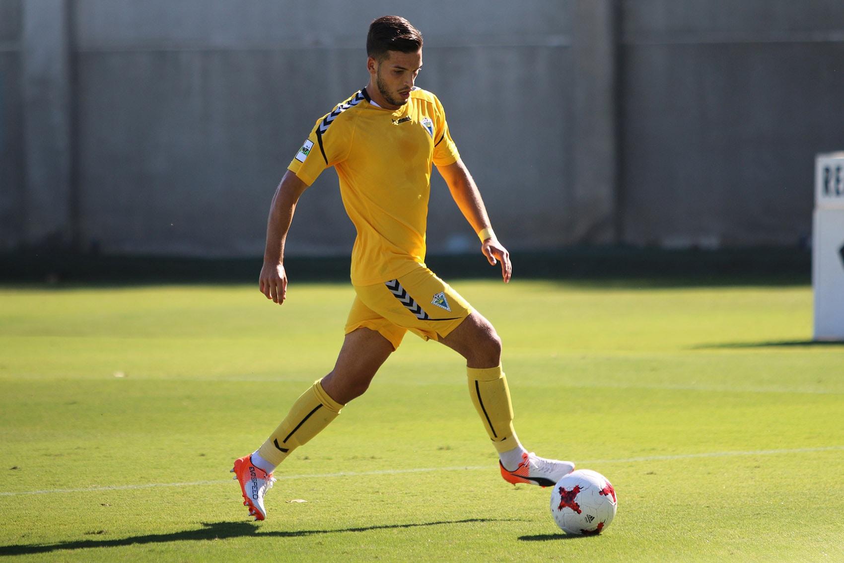 El Marbella FC se mantiene en puesto de fase de ascenso tras caer ante el Recreativo