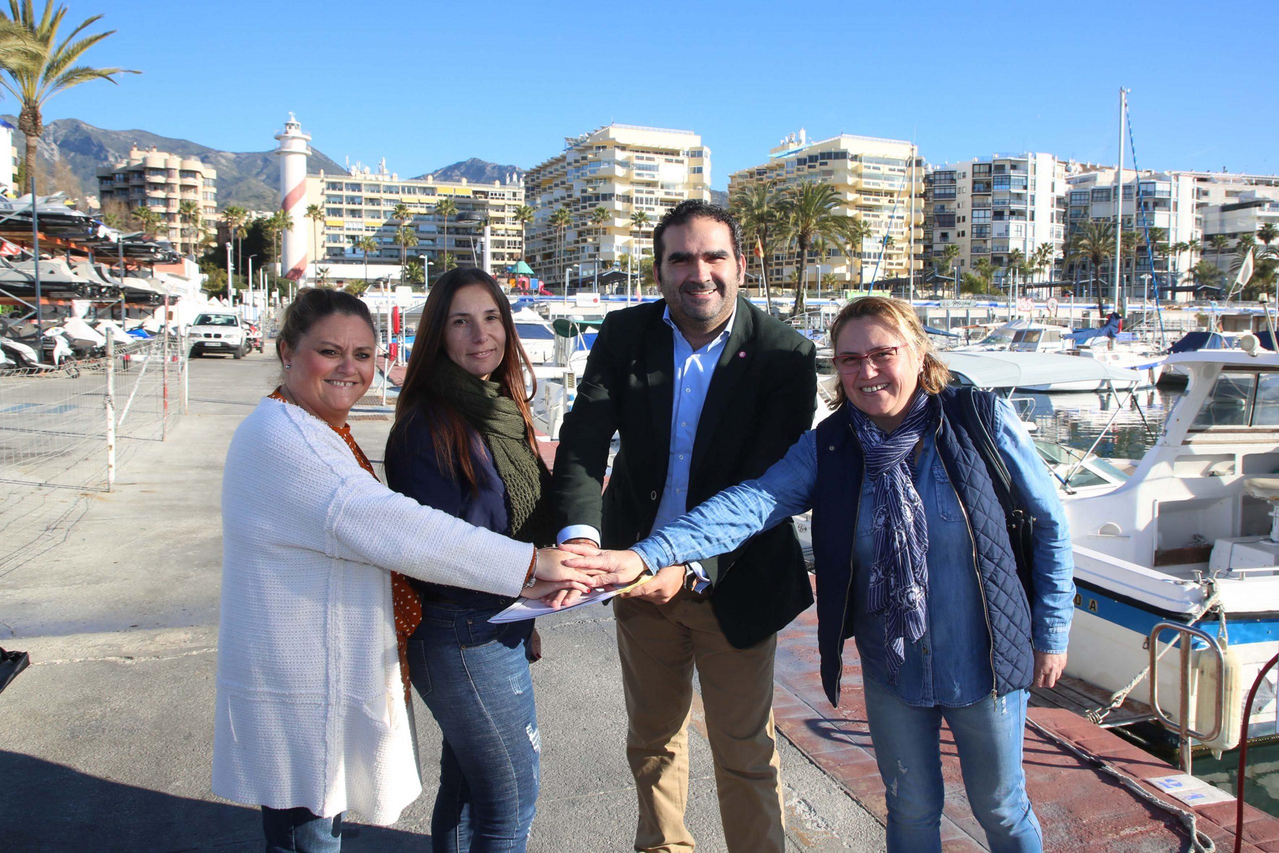 El Puerto Deportivo y la Hermandad Virgen del Carmen han suscrito un convenio de colaboración