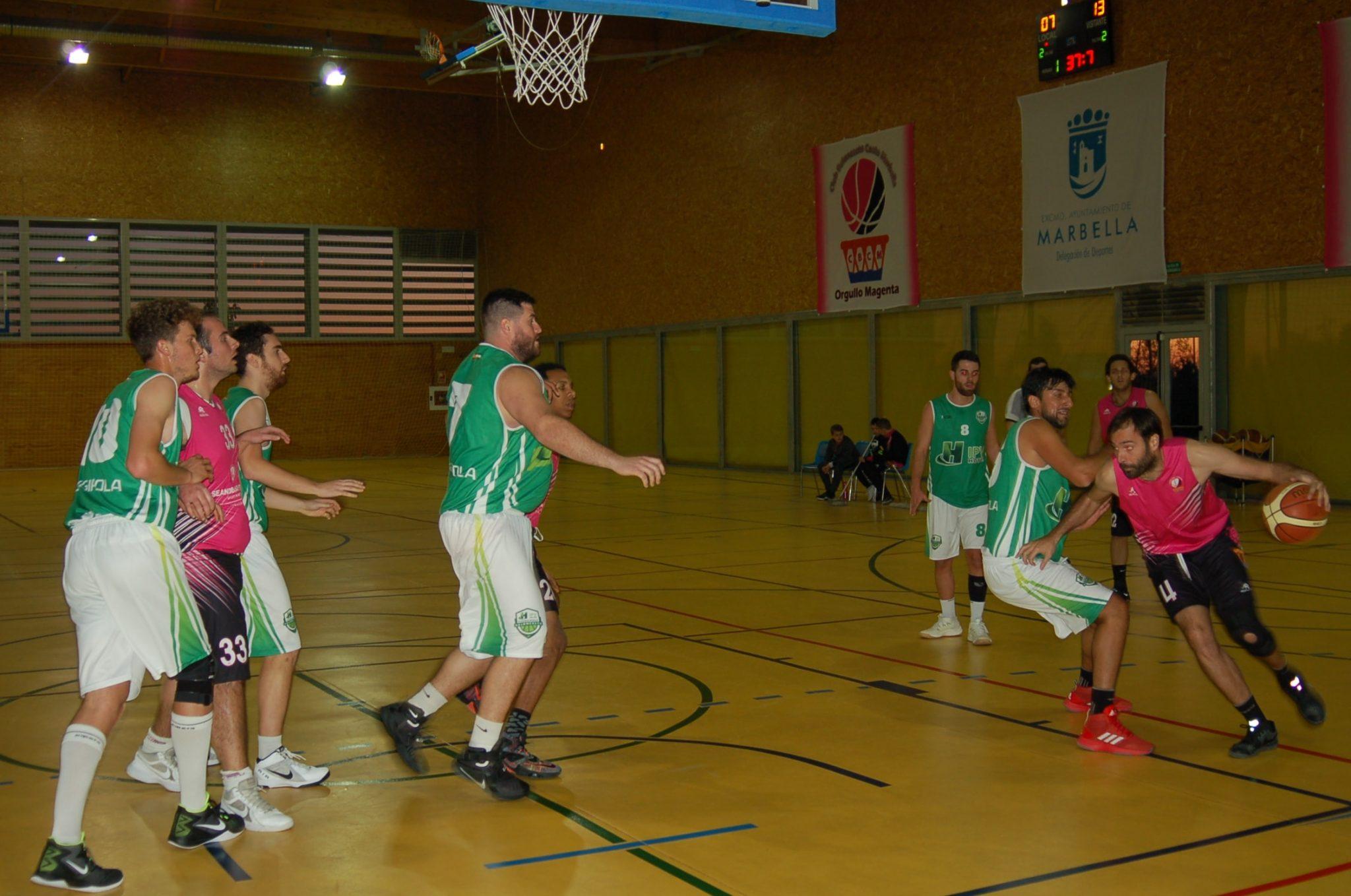 El Seandblue pierde frente al Fuengirola aunque tuvo opciones hasta el final