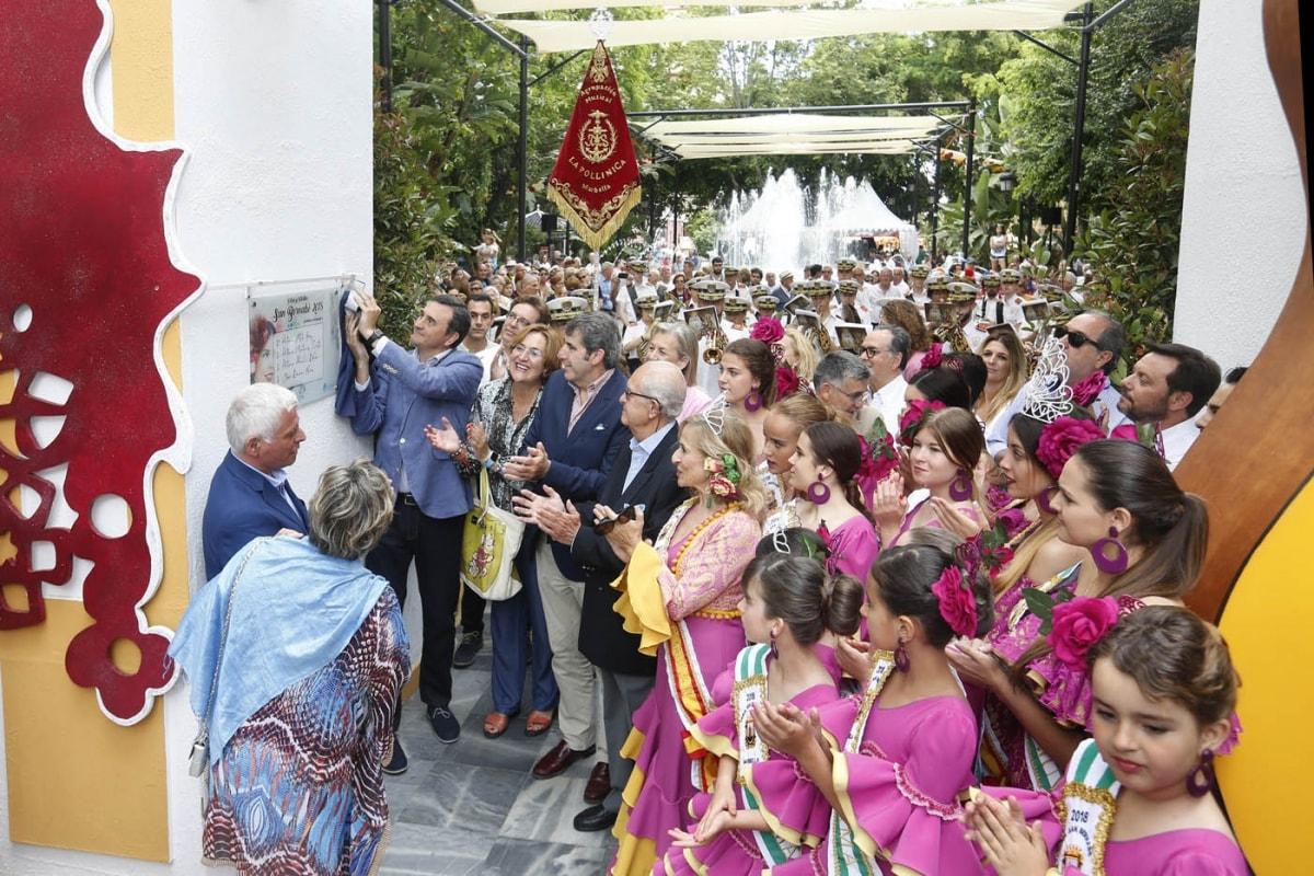 La Feria de Día arranca con el homenaje a los comerciantes que la impulsaron hace tres décadas