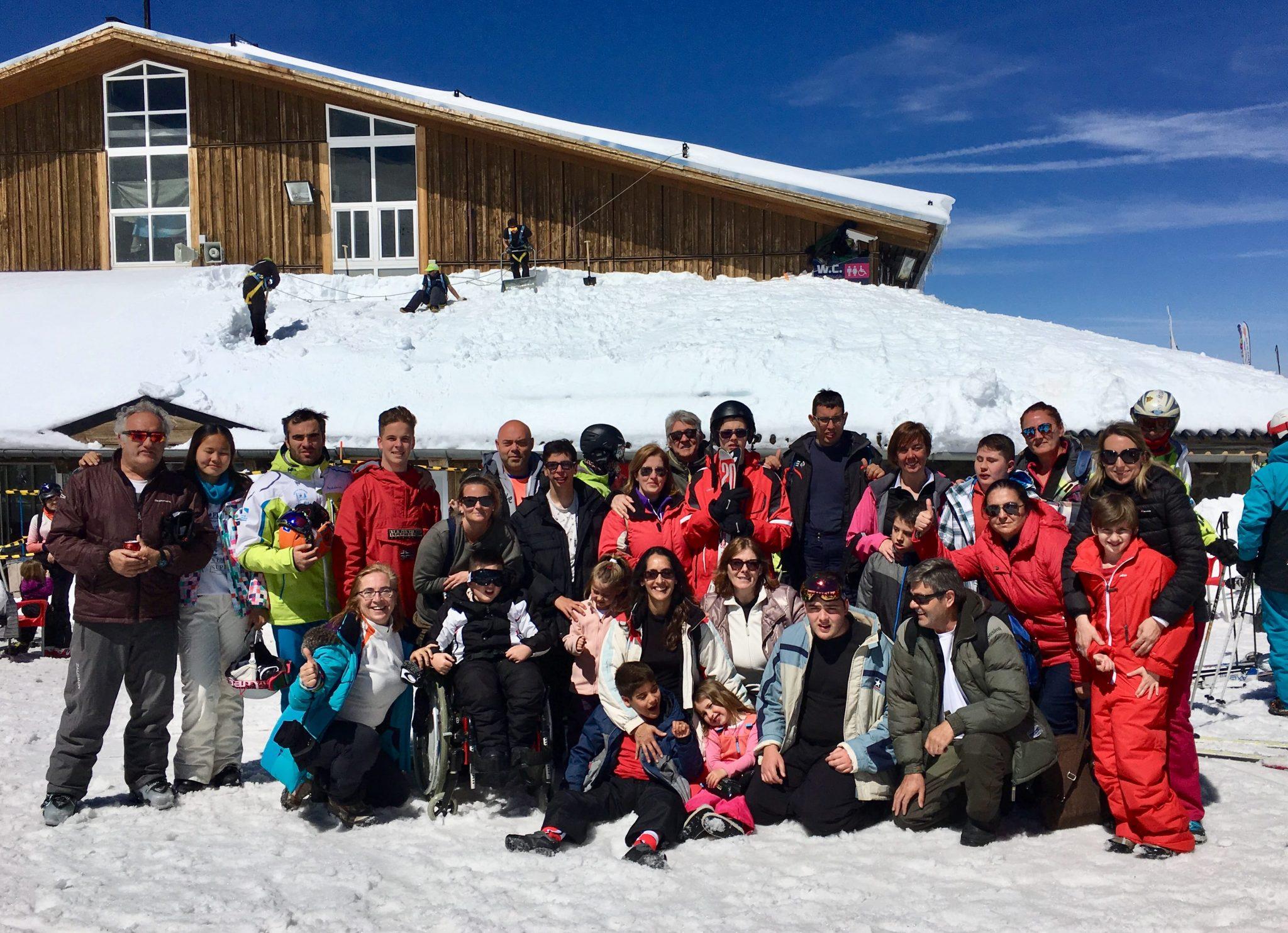 Gran éxito de las II Jornadas de Esquí Adaptado de la Asociación CADI
