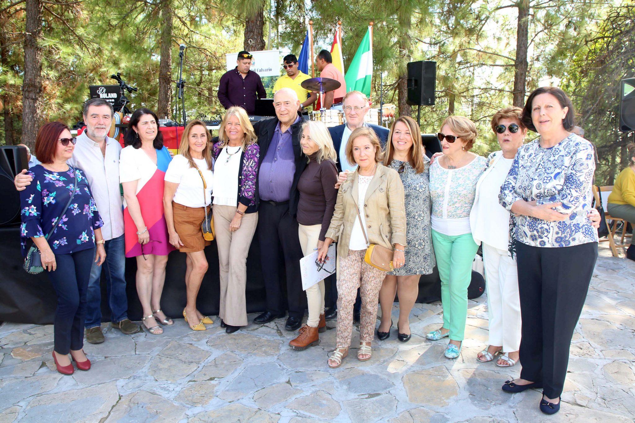 Homenaje al ginecólogo Freddy Simon por su labor profesional en Marbella