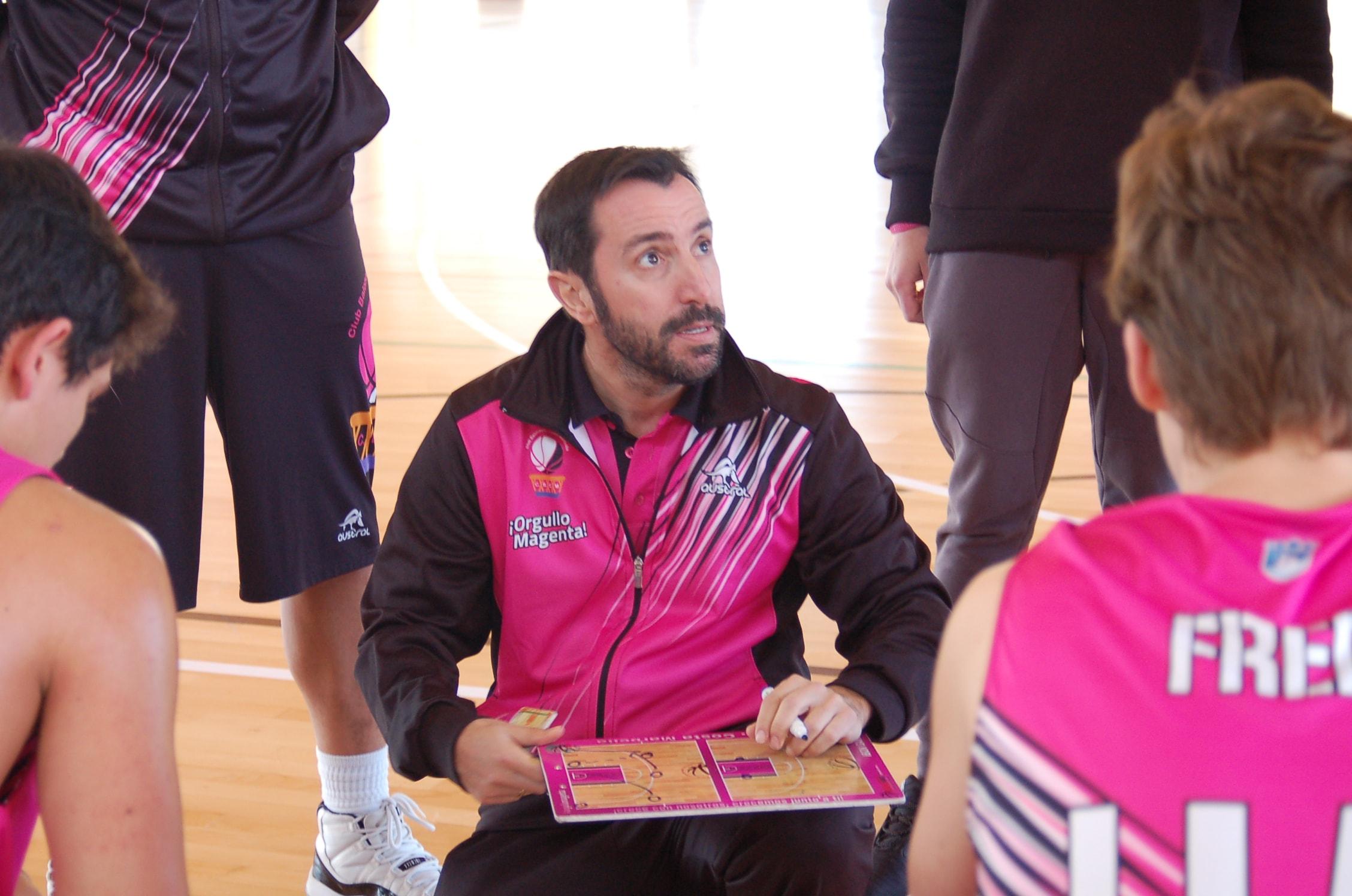 Ibón Gámez seguirá la próxima temporada al frente del CB Costa Marbella