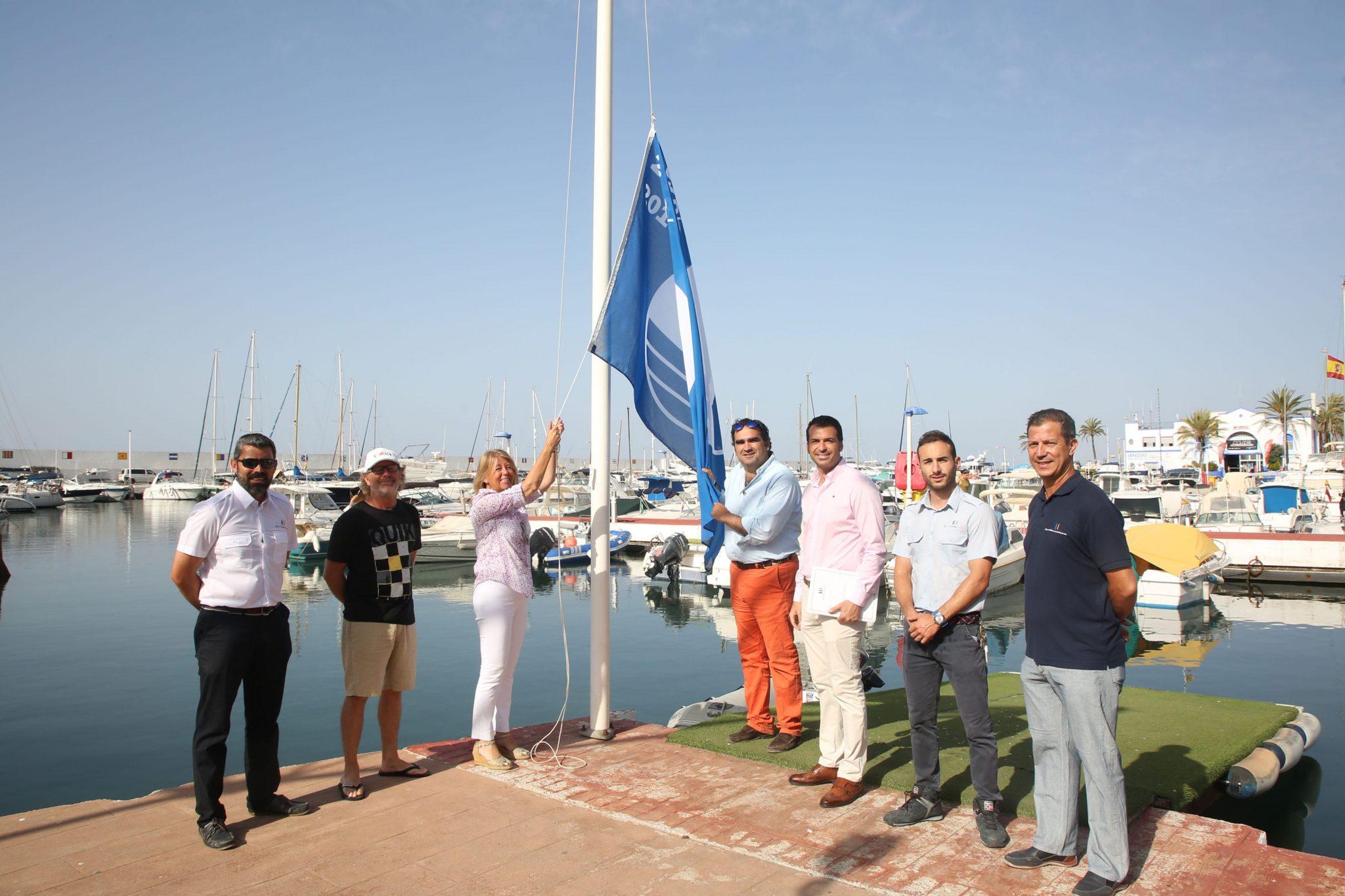 Implantan un nuevo sistema de iluminación sostenible en el Puerto Deportivo