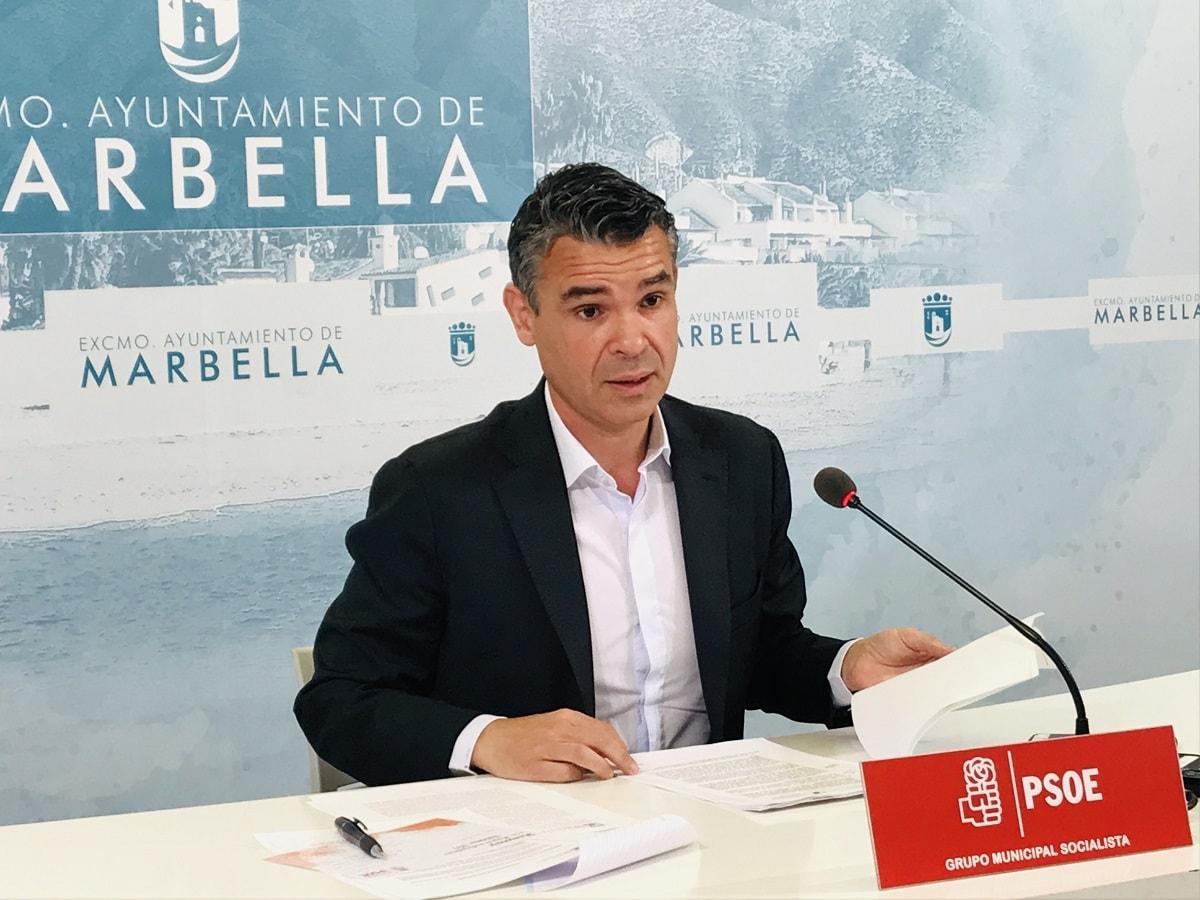 El PSOE advierte de las consecuencias por la fotografía que la alcaldesa quiso hacerse con la entrega de los 12 millones