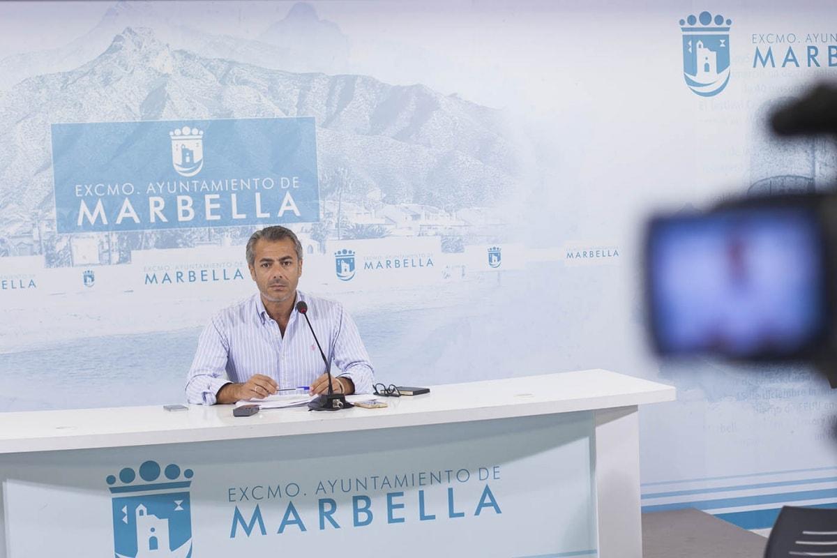 El delegado municipal de Comercio, José Eduardo Díaz, ha anunciado hoy diferentes actuaciones en los mercados y mercadillos de la ciudad