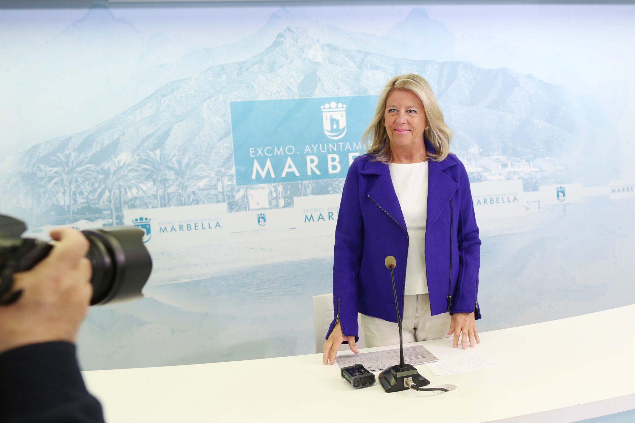 """La alcaldesa denuncia que los Presupuestos Generales del Estado de 2019 """"maltratan"""" a Marbella"""