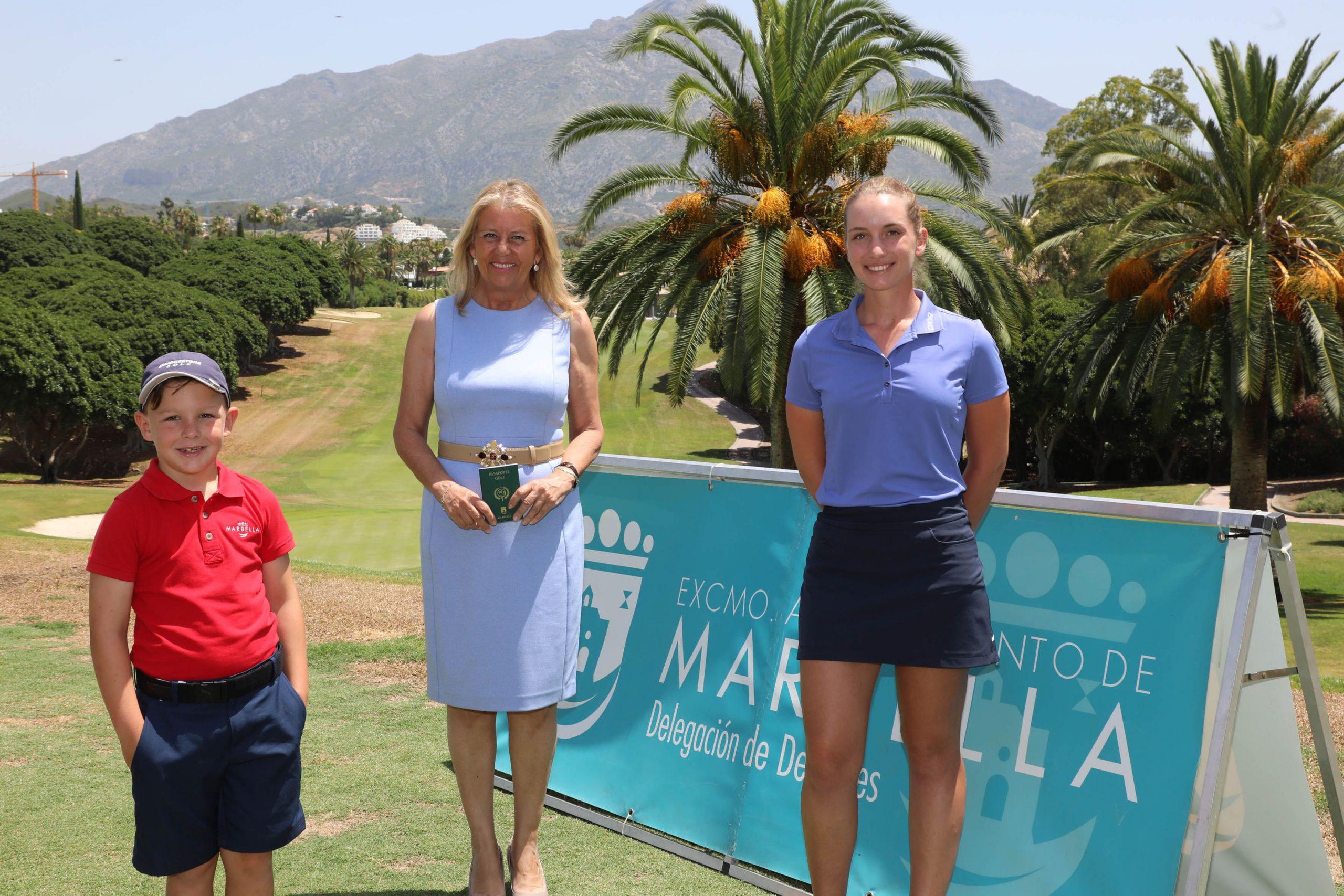 La alcaldesa destaca la iniciativa 'Pasaporte del Golf' para atraer a aficionados