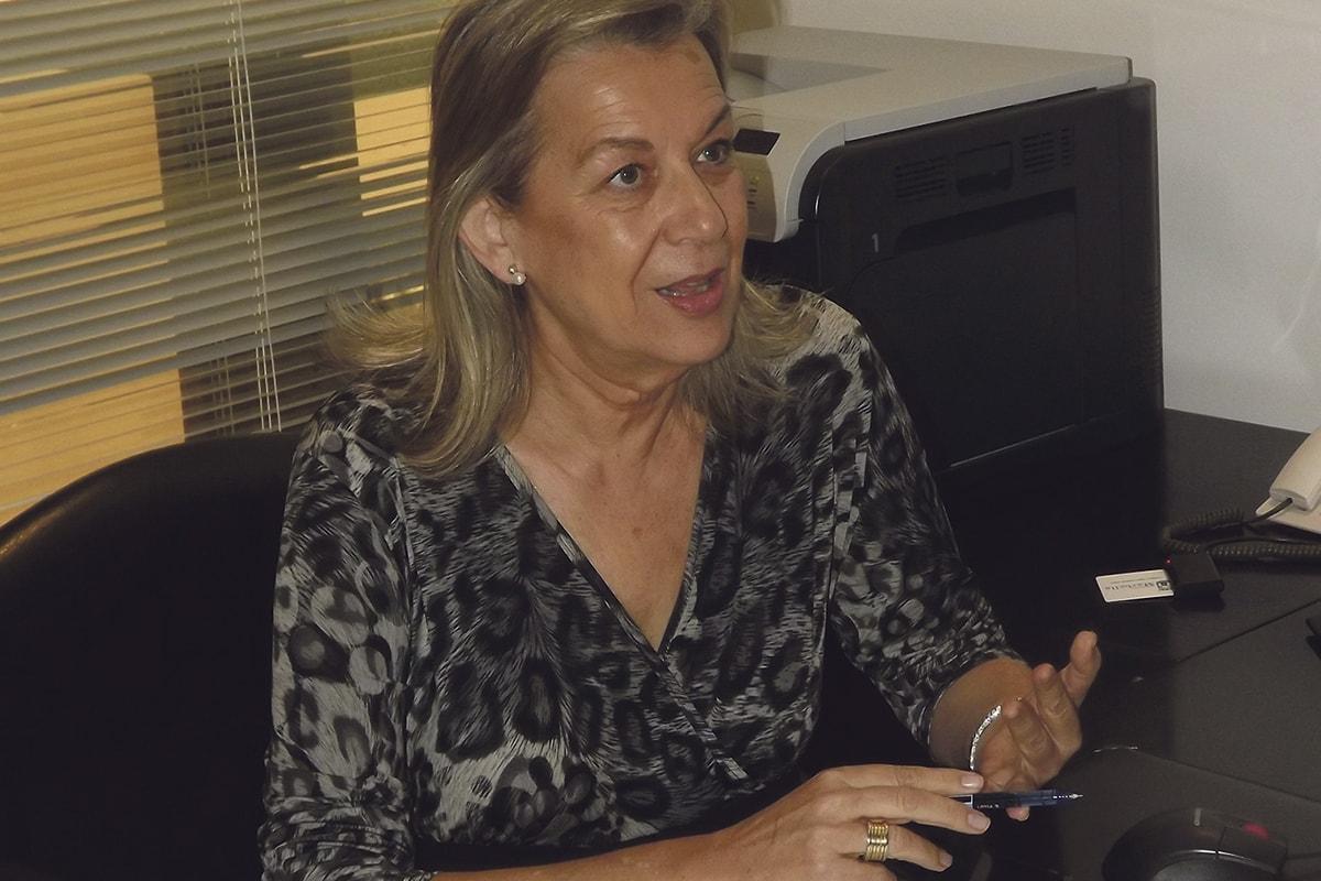 La concejal de Urbanismo, Francisca Caracuel, quiere reducir los plazos de concesión de licencias de obra. C.L