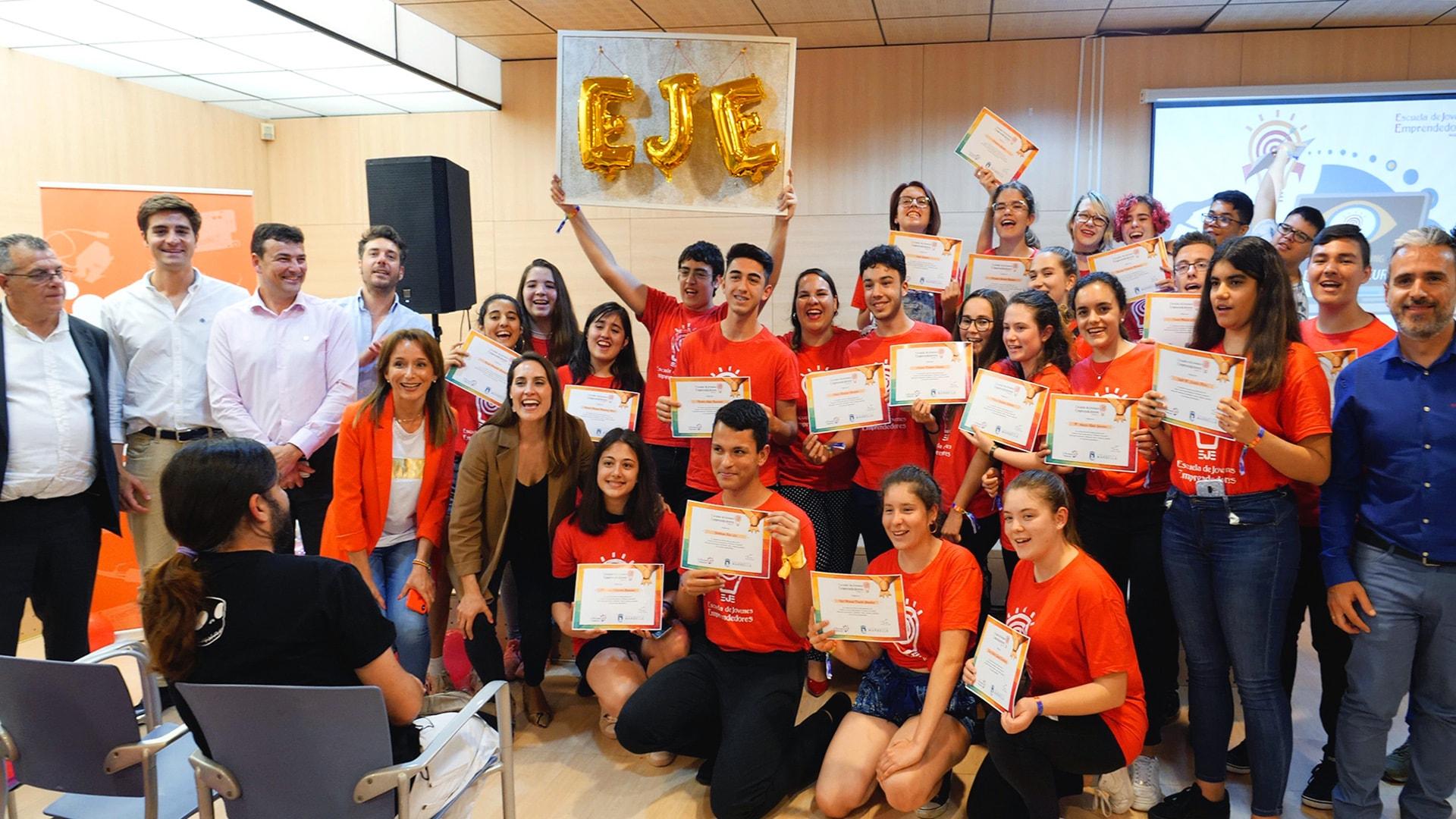 La Escuela de Jóvenes Emprendedores concluye su primera edición