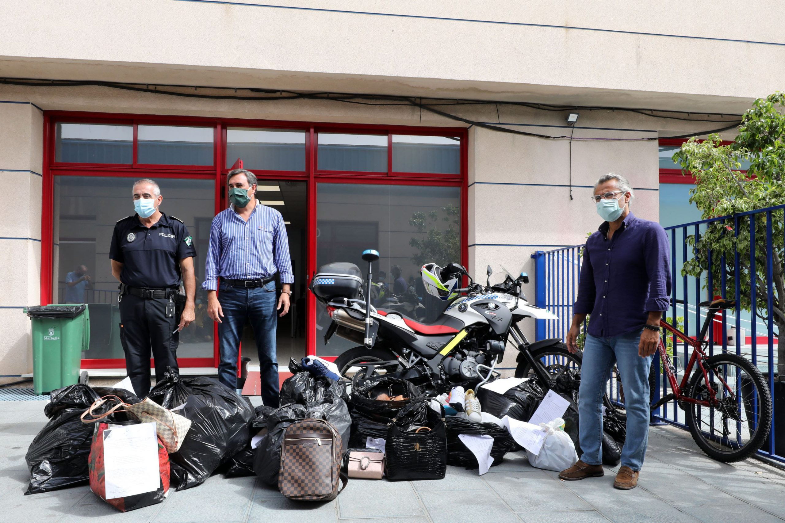 La Policía Local se ha incautado de 800 artículos