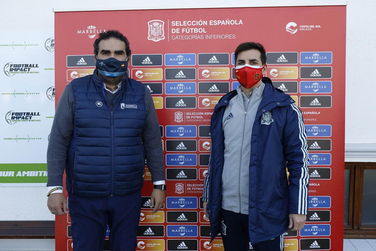 La selección española de fútbol Sub-19 se prepara en Marbella