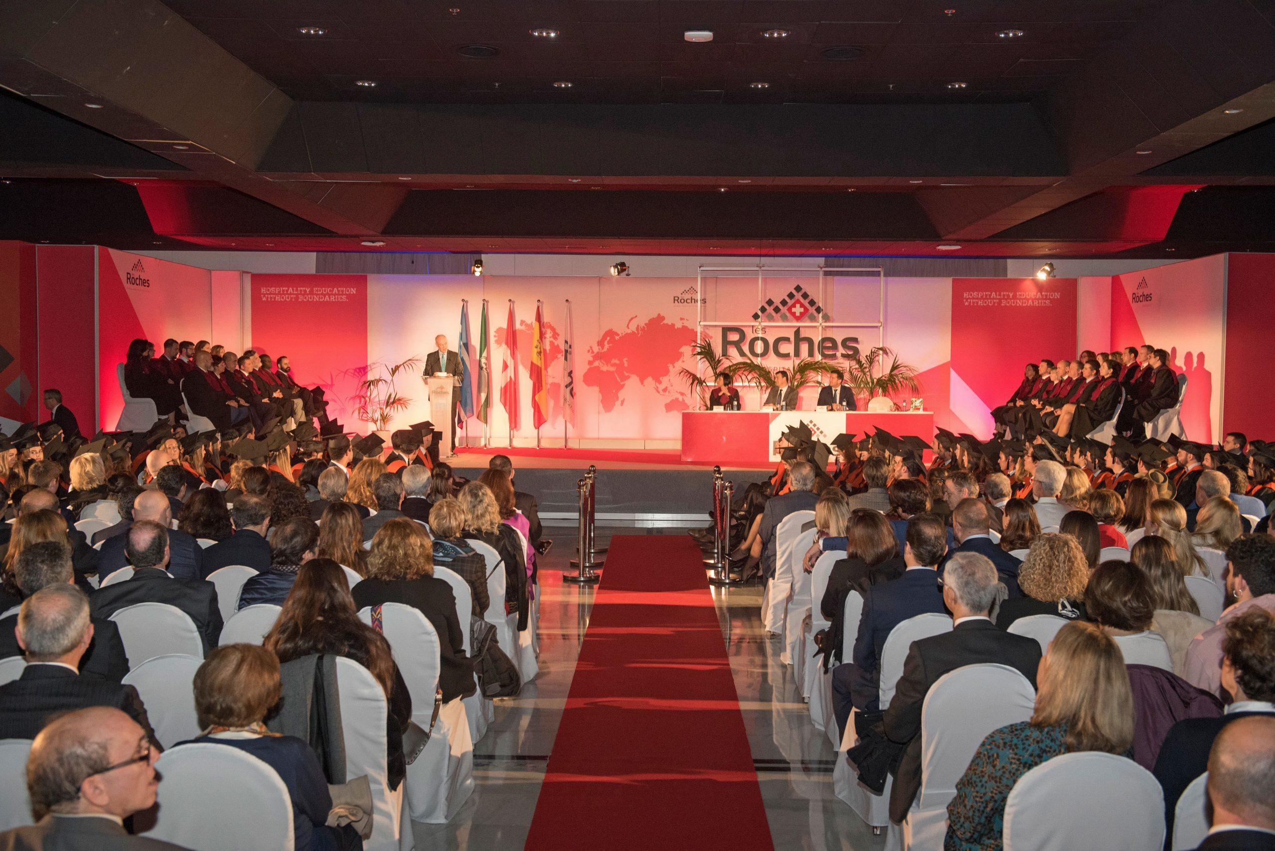 Les Roches Marbella celebra su 54 Ceremonia de Clausura con 188 alumnos de 40 países.jpg