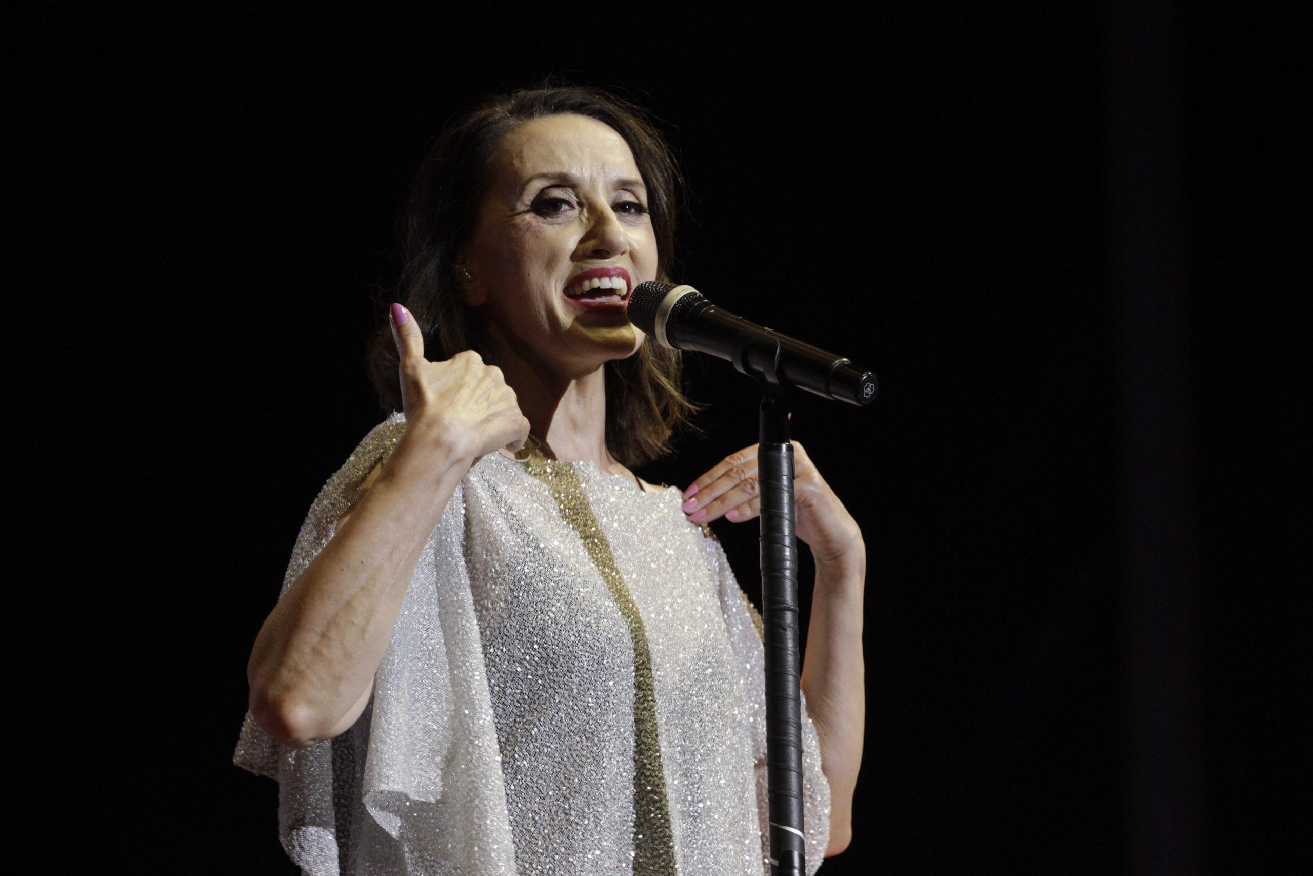 Luz Casal conmueve al Auditorio de Starlite Catalana Occidente con sus letras