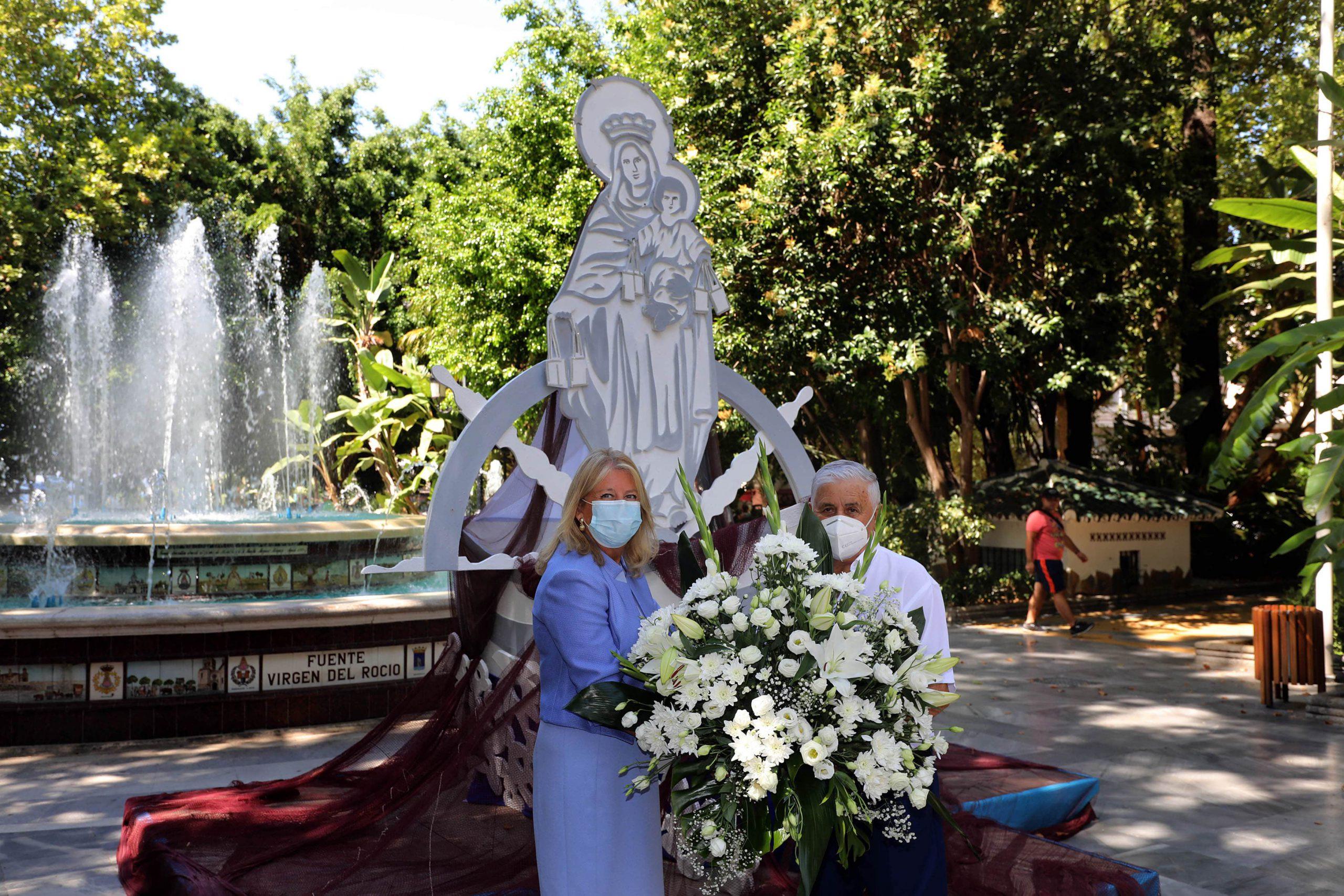 Marbella celebra la festividad de la Virgen del Carmen con un altar con motivos marineros