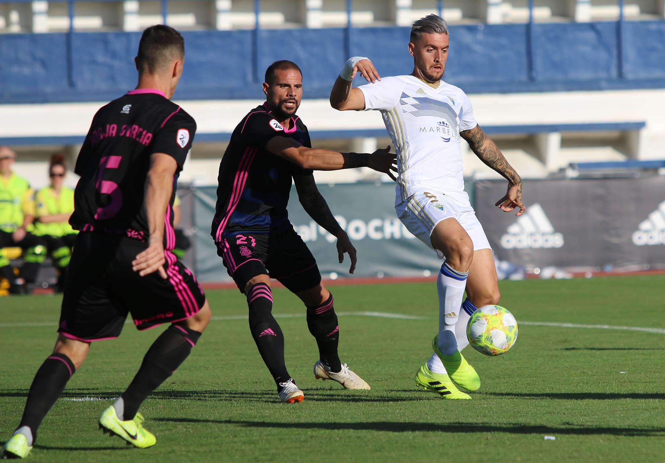 Marbella F.C. vs Recreativo, los locales ganan y se meten en fase de ascenso (2-1)