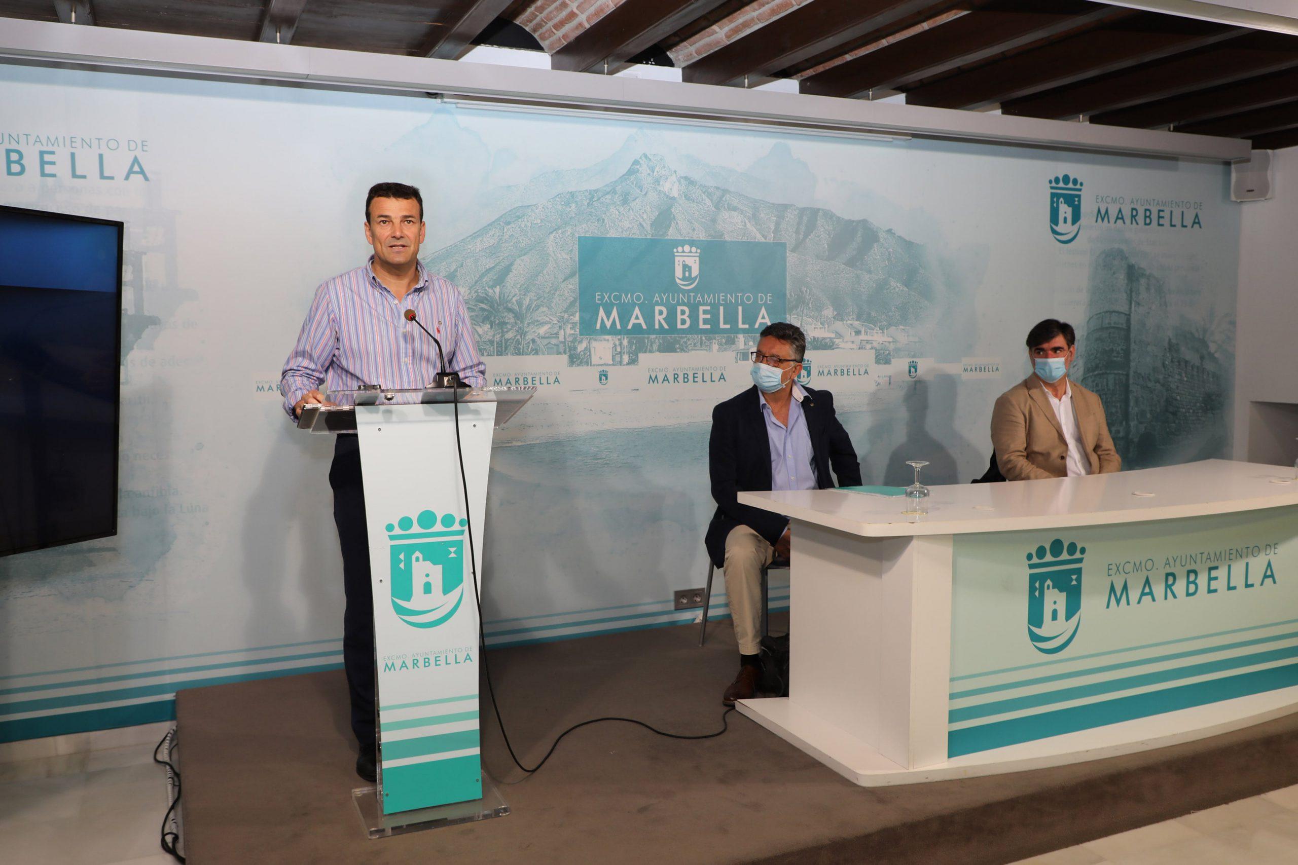 Marbella impulsa la reinserción laboral de los profesionales mayores de 45 años