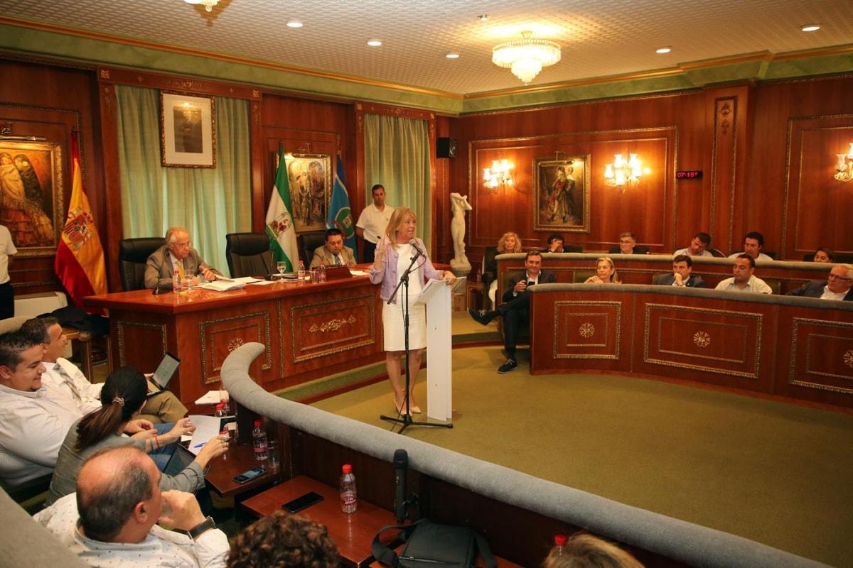 En el Pleno del Debate del Estado del Municipio de Marbella la alcaldesa ha detallado la gestión de las áreas del Gobierno Local
