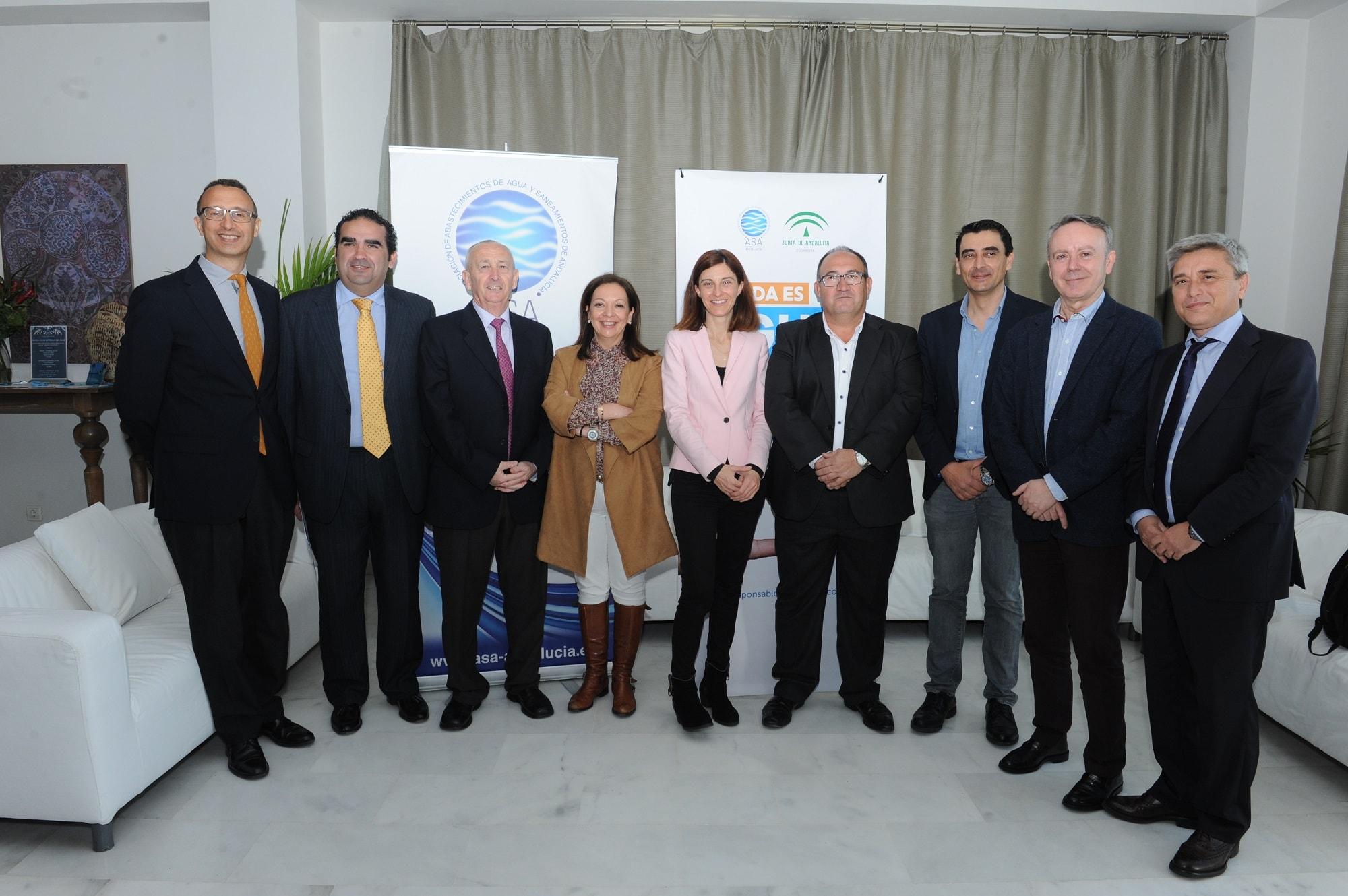 El sector andaluz del agua y la Junta presentan una campaña conjunta de consumo responsable de agua