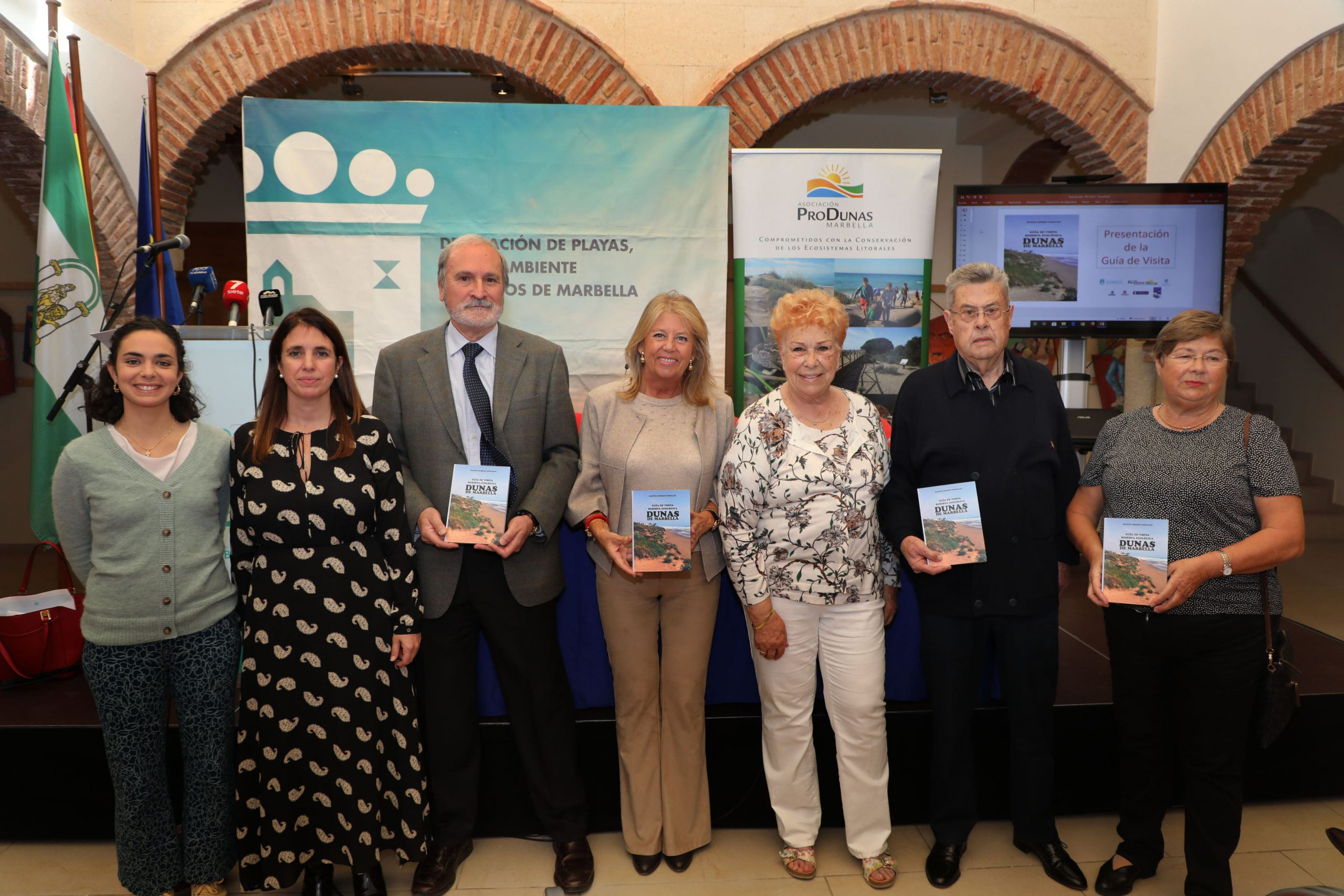 Presentan en el Hospital Real de la Misericordia la guía editada por Produnas
