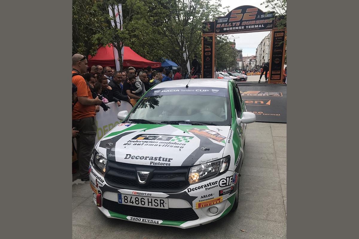 Primer podio en el Campeonato de España de Rallyes para Jonathan Álvarez y Elvira Moreno