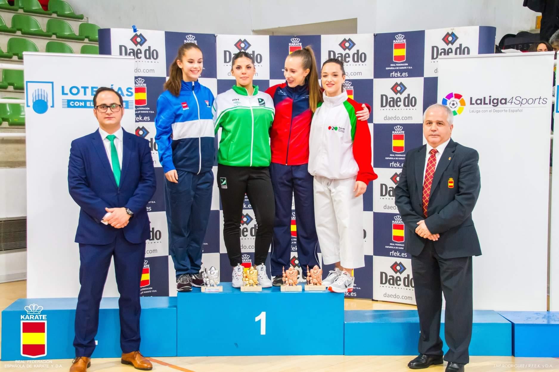 Sabrina Medero, de Olympic Karate Marbella, vence en el Campeonato de España de Kárate