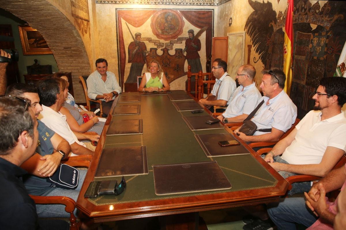 El Ayuntamiento lleva al Pleno la integración de los trabajadores de la sociedad municipal de transportes