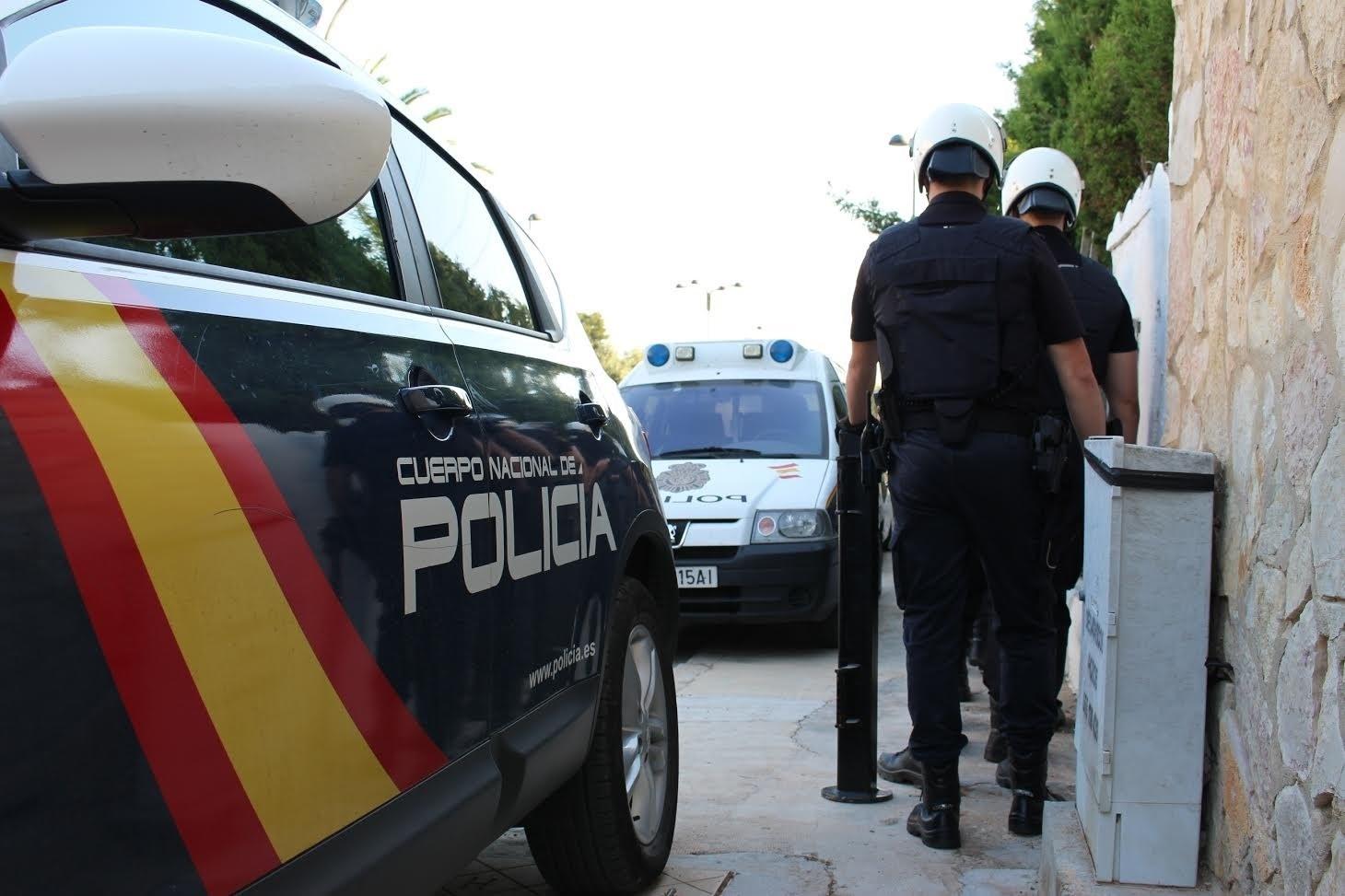 Trece personas detenidas por una pelea en un club de playa de Marbella